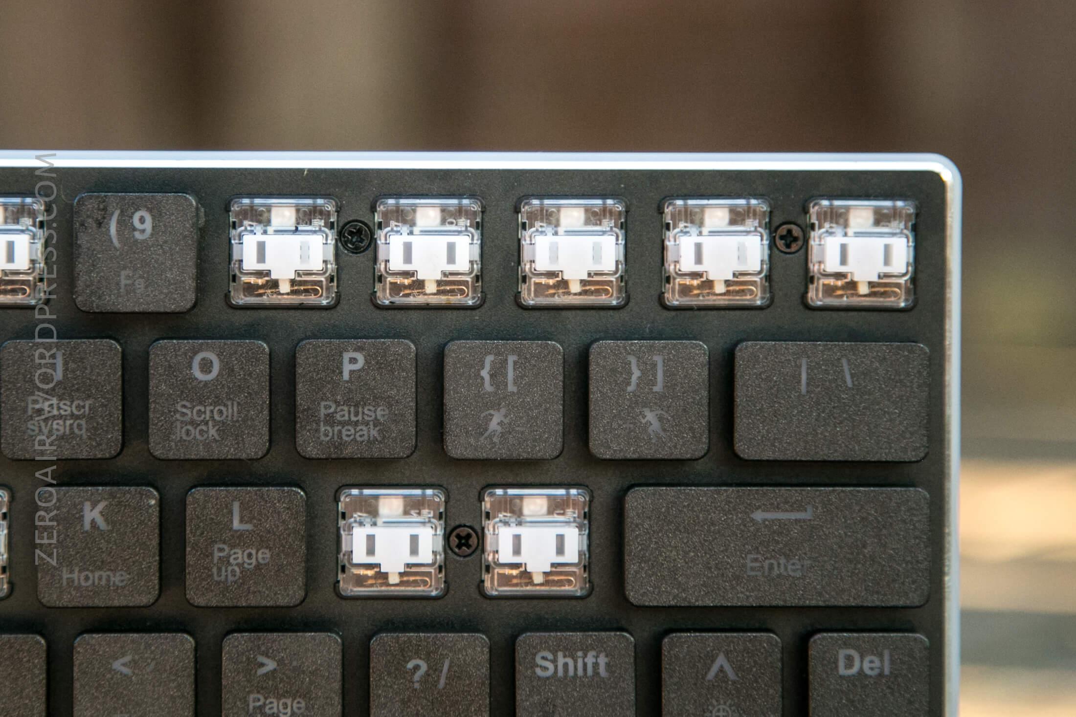 14_zeroair_reviews_anidees_prismatic_mechanical_keyboard.jpg