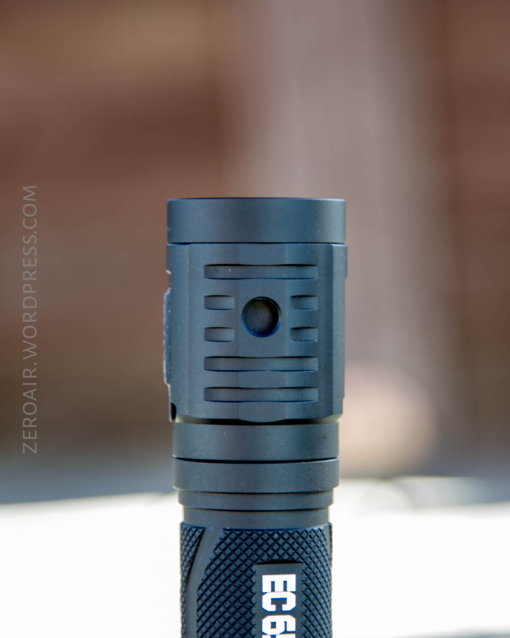 zeroair_reviews_acebeam_ec65_21700_nichia_25.jpg