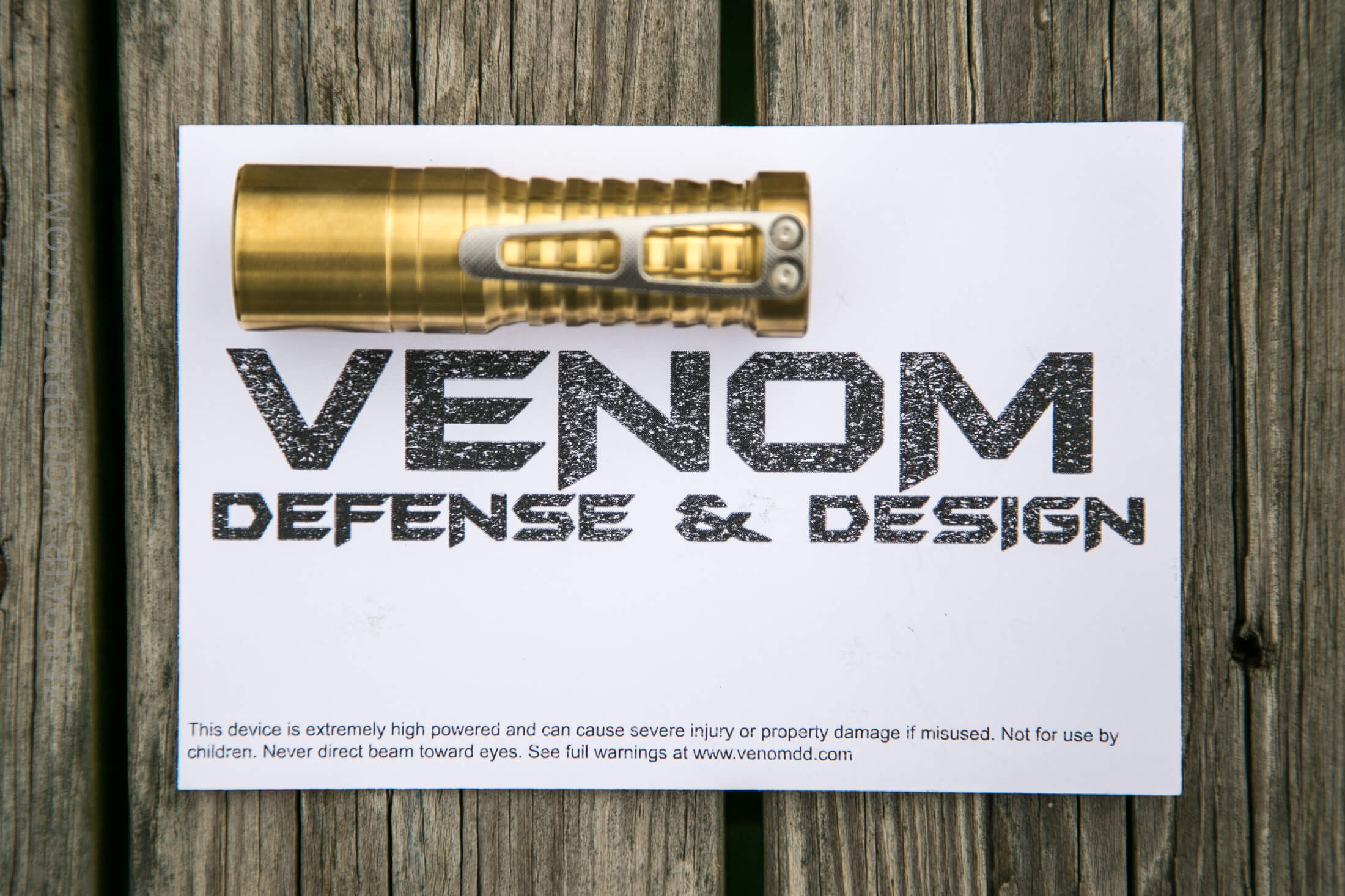 zeroair_reviews_venom_orion_brass_nichia_07.jpg