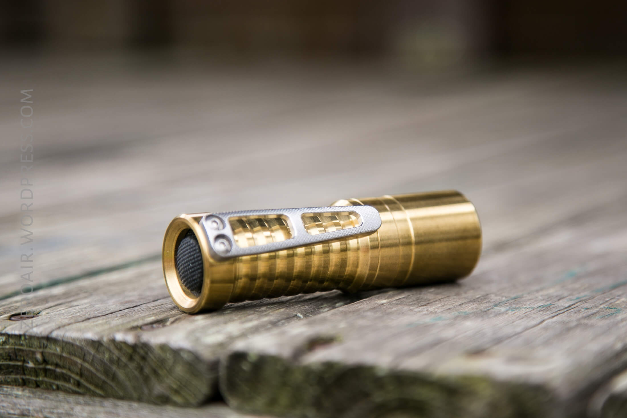 zeroair_reviews_venom_orion_brass_nichia_18.jpg
