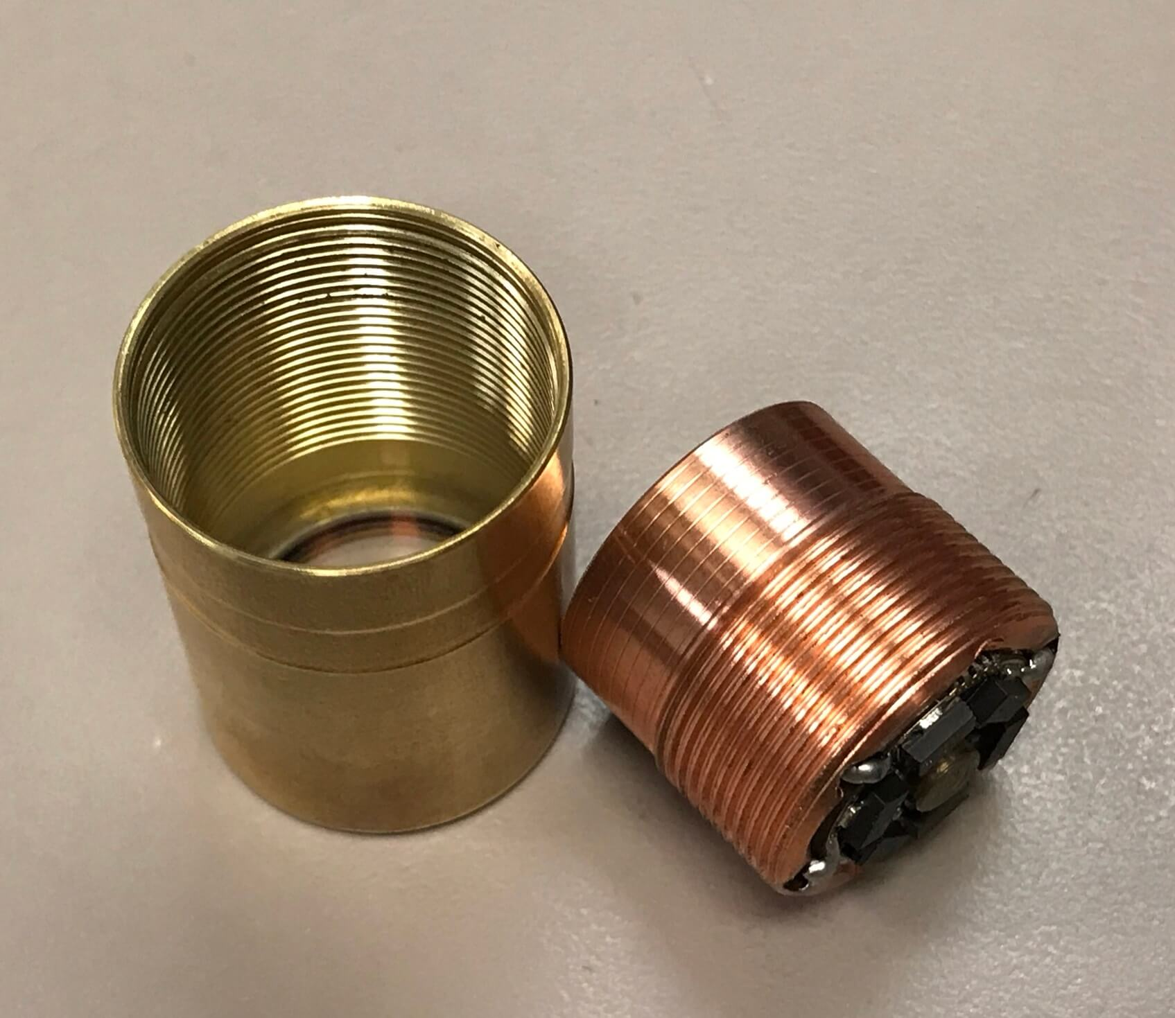 zeroair_reviews_venom_orion_brass_nichia_81.jpg
