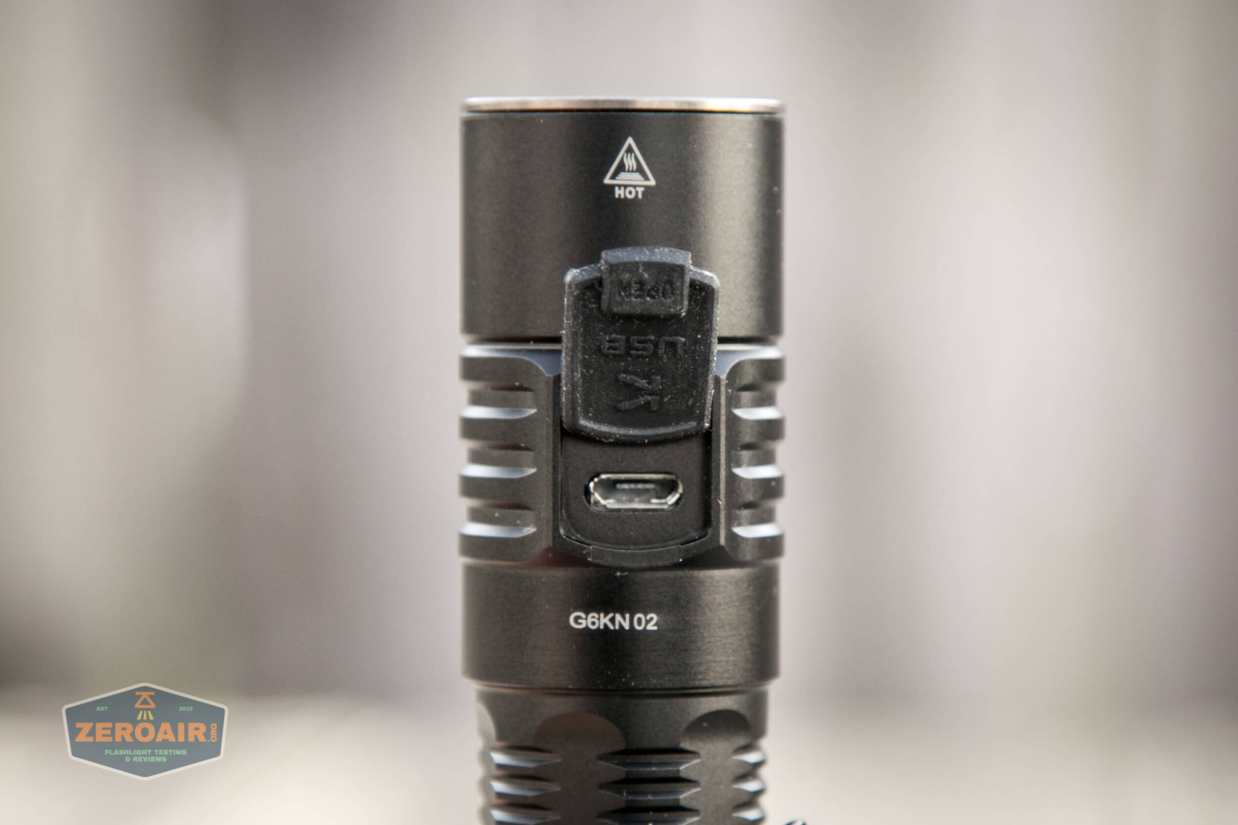 klarus g25 21700 cree xhp70.2 flashlight charge port cover open