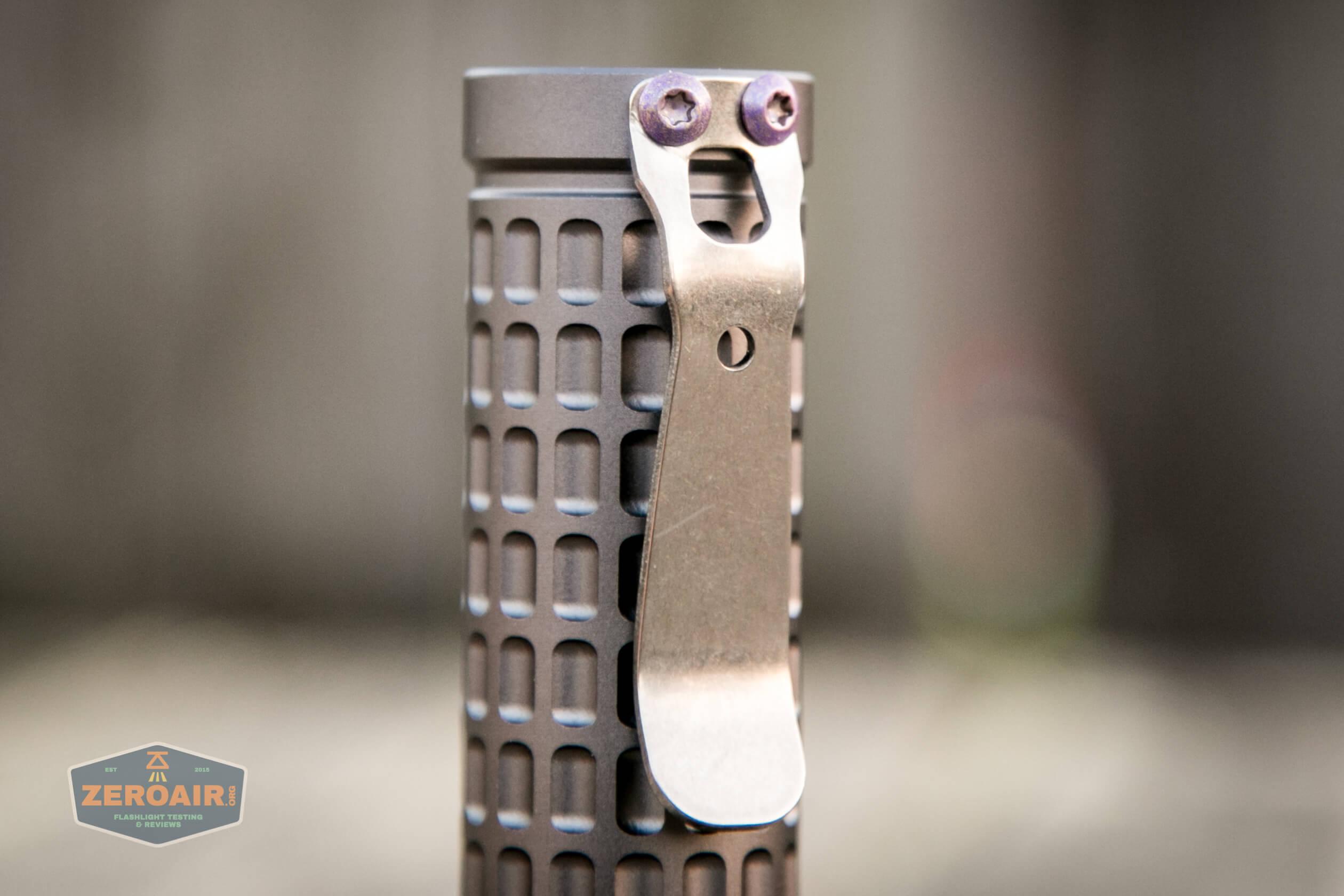 countycomm reylight 21700 quad emitter flashlight pocket clip
