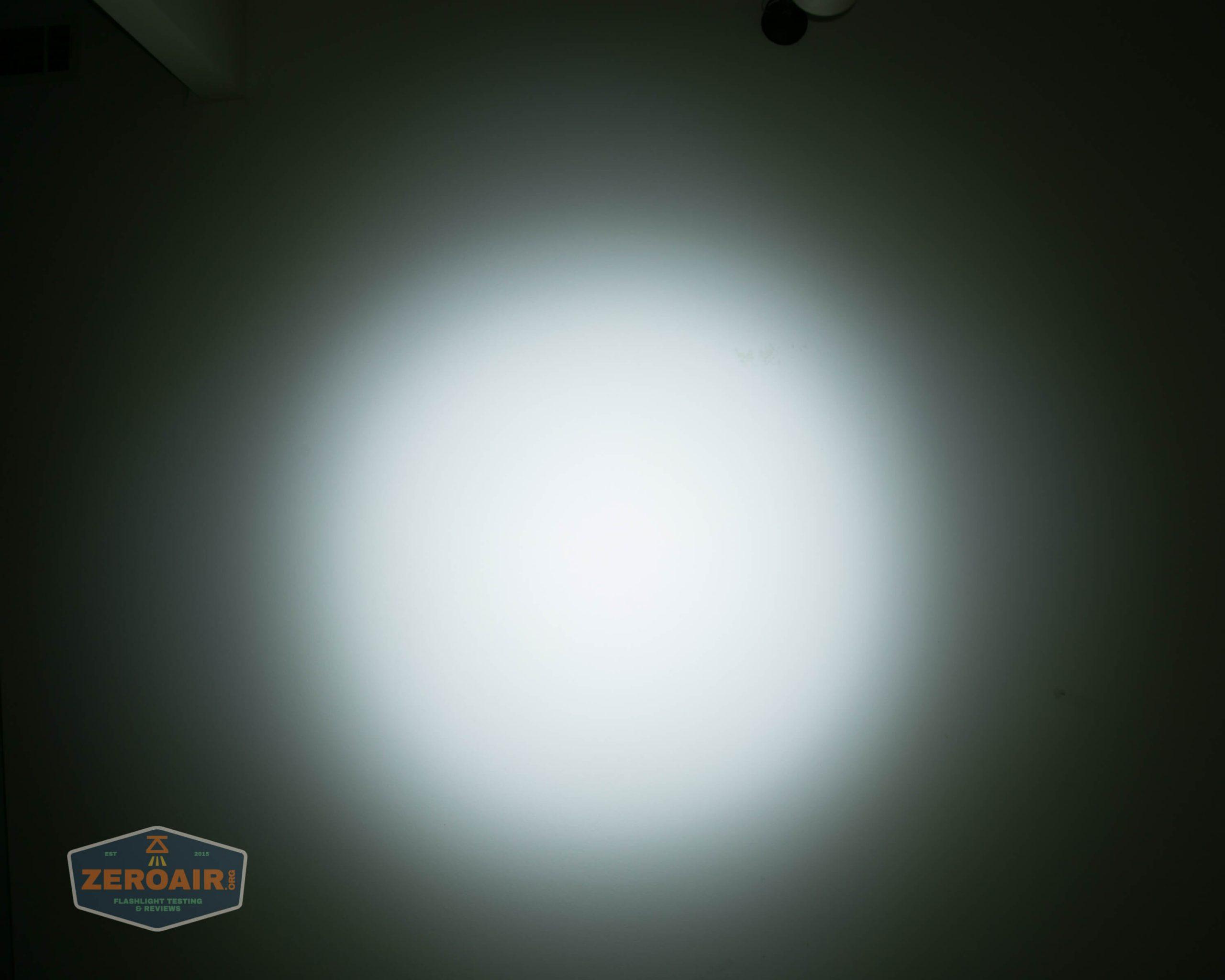 countycomm reylight 21700 quad emitter flashlight beamshot ceiling 3