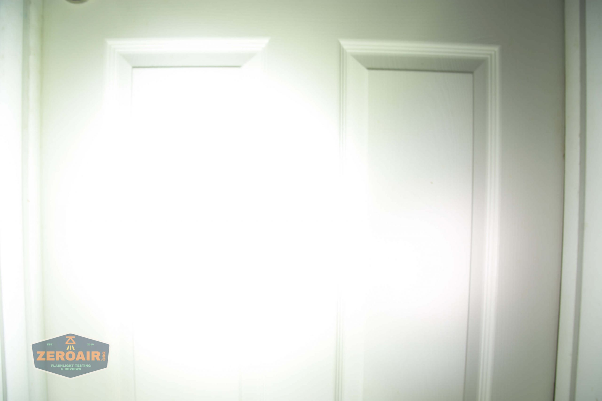 countycomm reylight 21700 quad emitter flashlight beamshot door 4