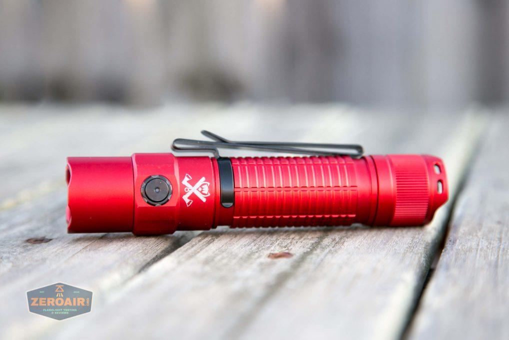 thrunite tt20 the outsider red 21700 flashlight on side