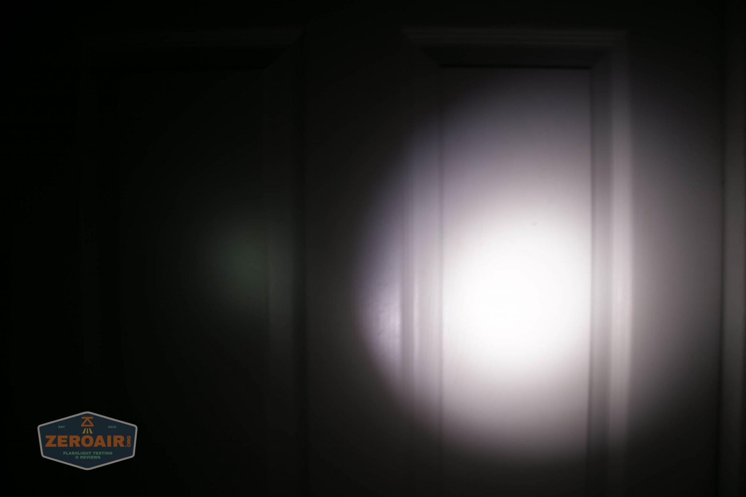 thrunite tt20 the outsider red 21700 flashlight beamshots door 1