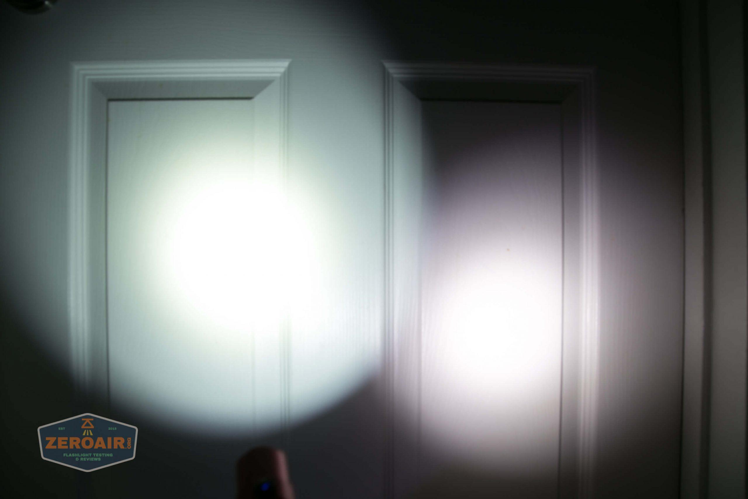 thrunite tt20 the outsider red 21700 flashlight beamshots door 3