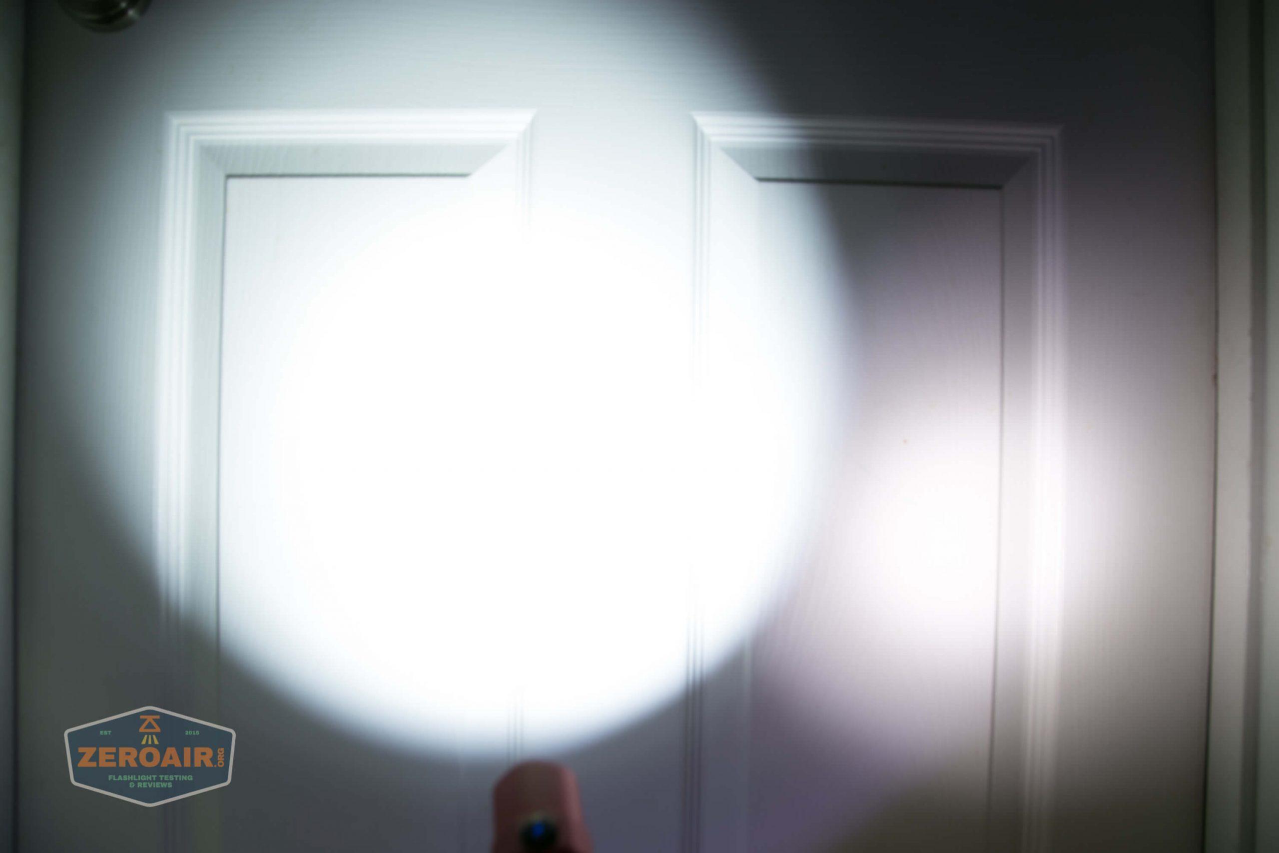 thrunite tt20 the outsider red 21700 flashlight beamshots door 5