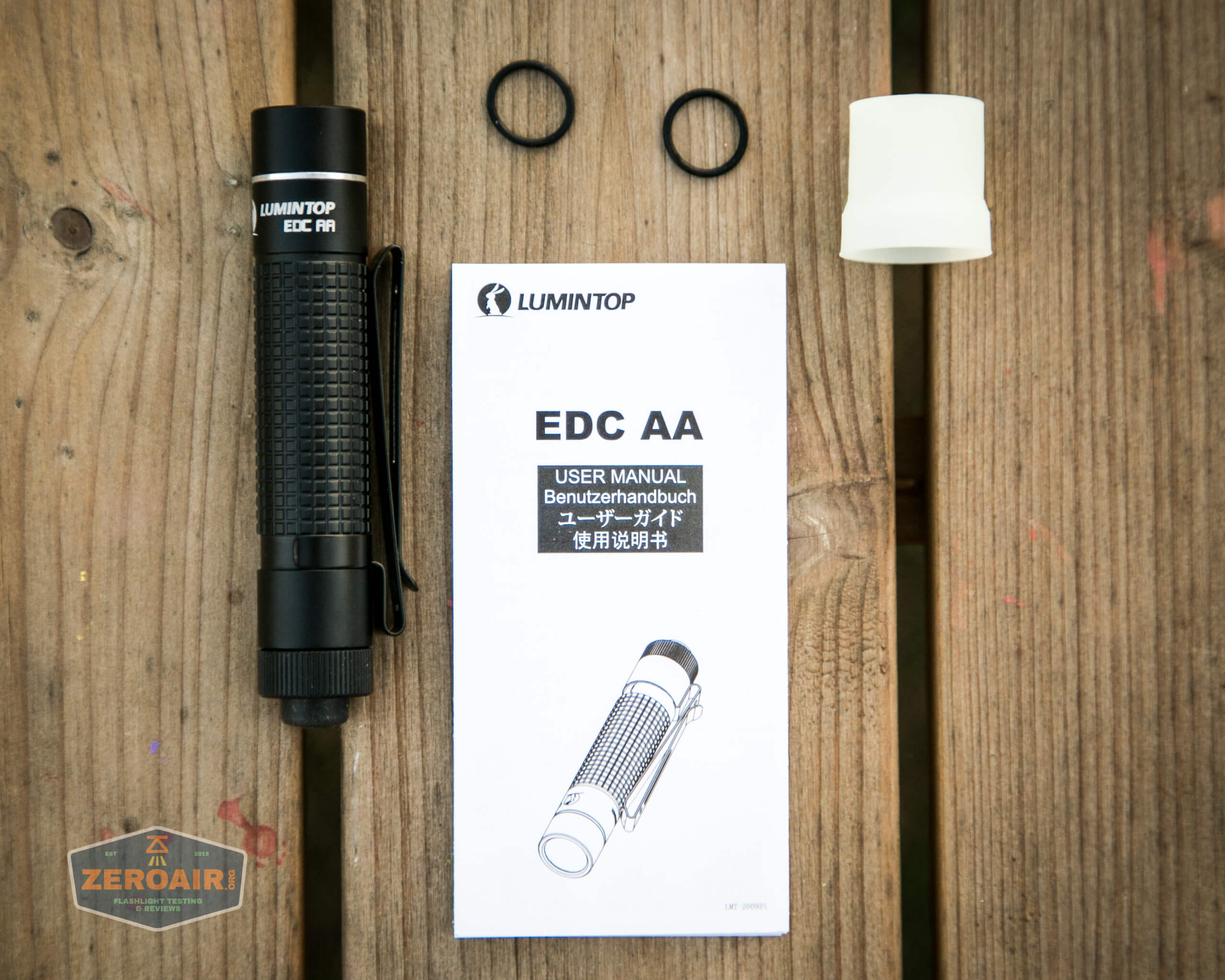 lumintop edc aa flashlight what's included