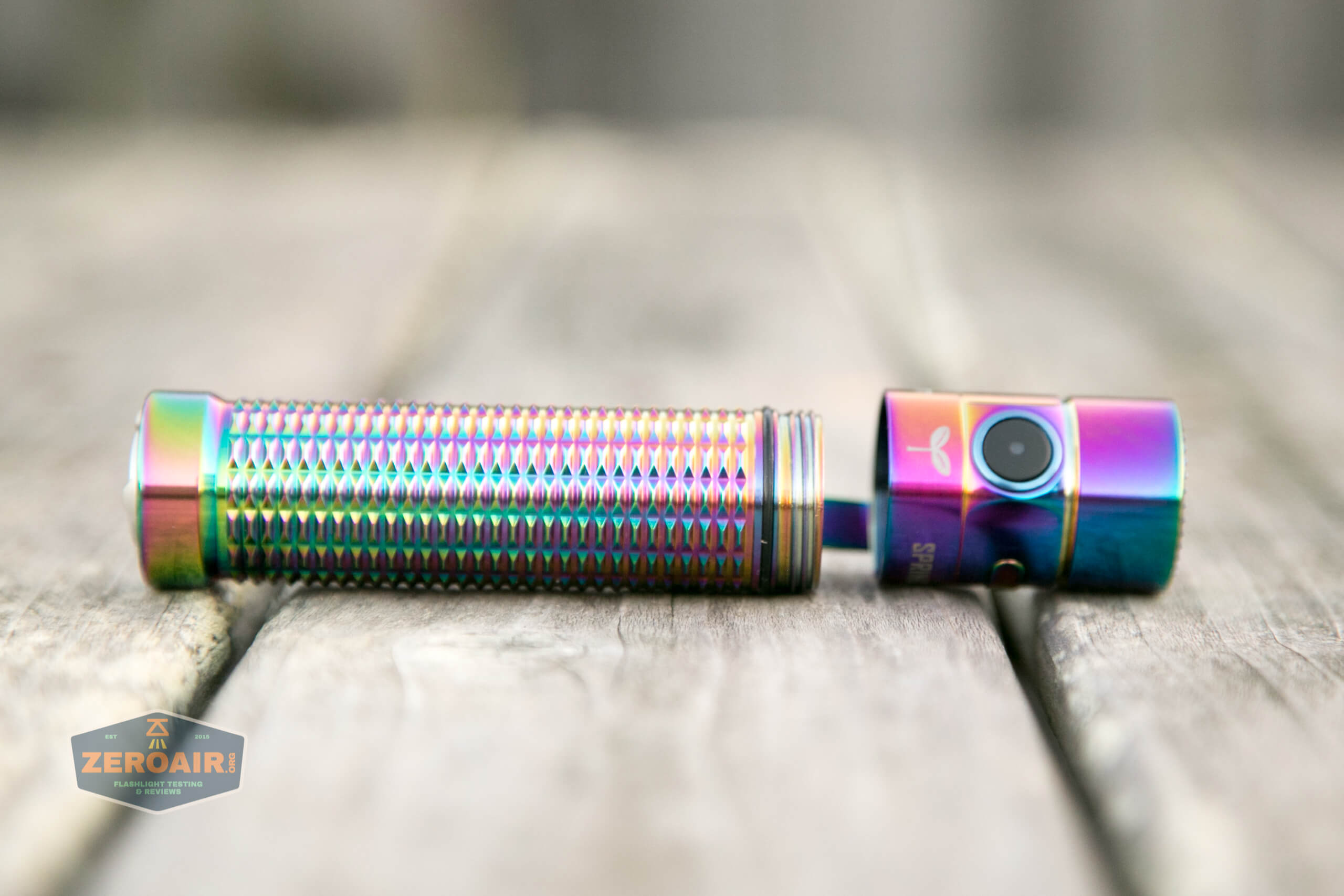 olight warrior mini rainbow spring 2 led flashlight open showing threads