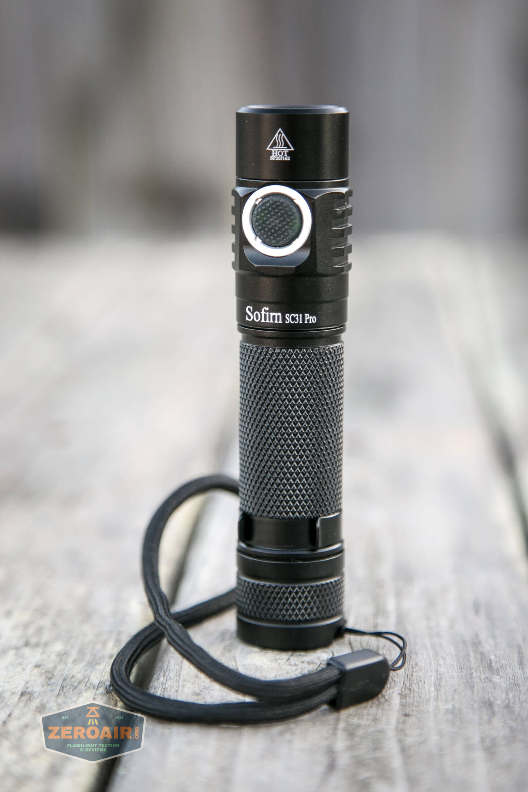 sofirn sc31 pro Andúril 18650 flashlight lanyard installed