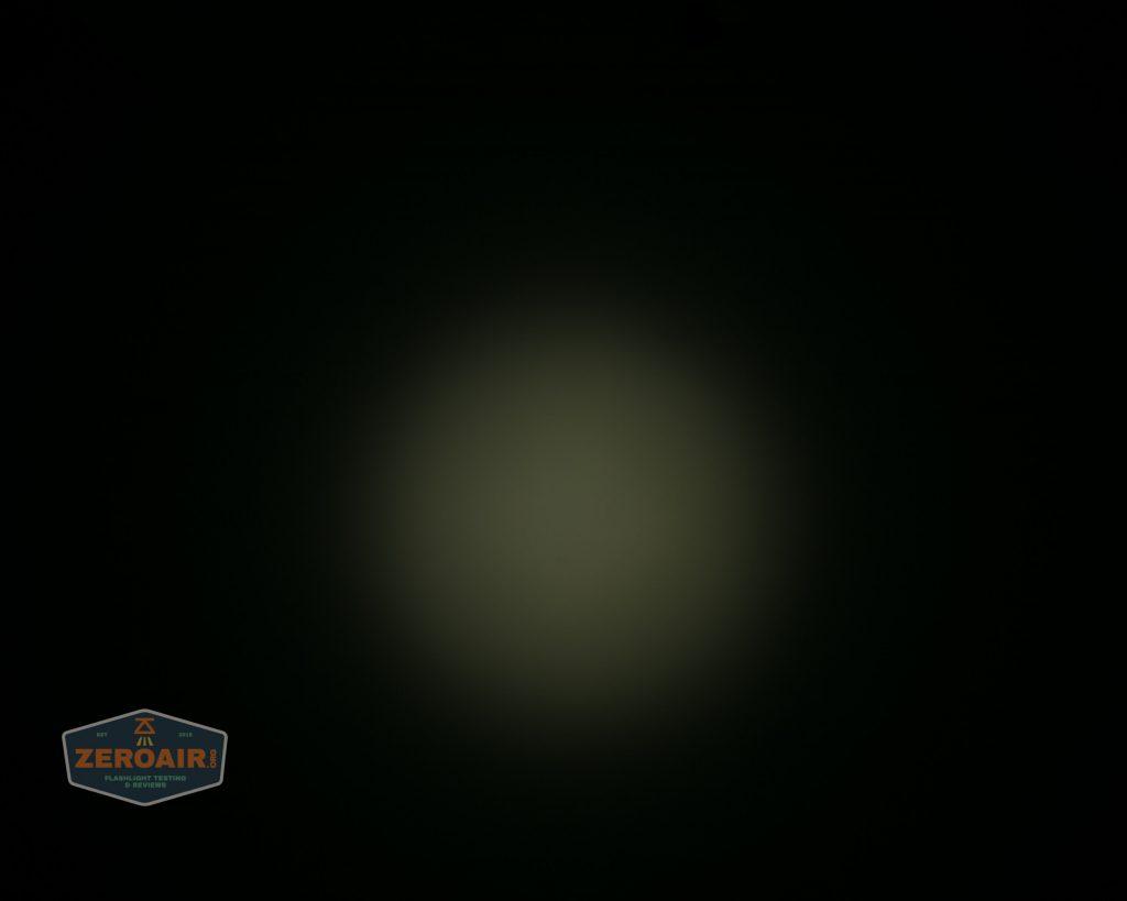 wurkkos hd20 21700 headlamp beamshot ceiling spot 2
