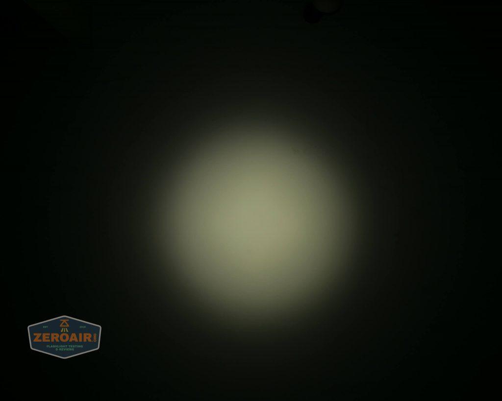 wurkkos hd20 21700 headlamp beamshot ceiling spot 3