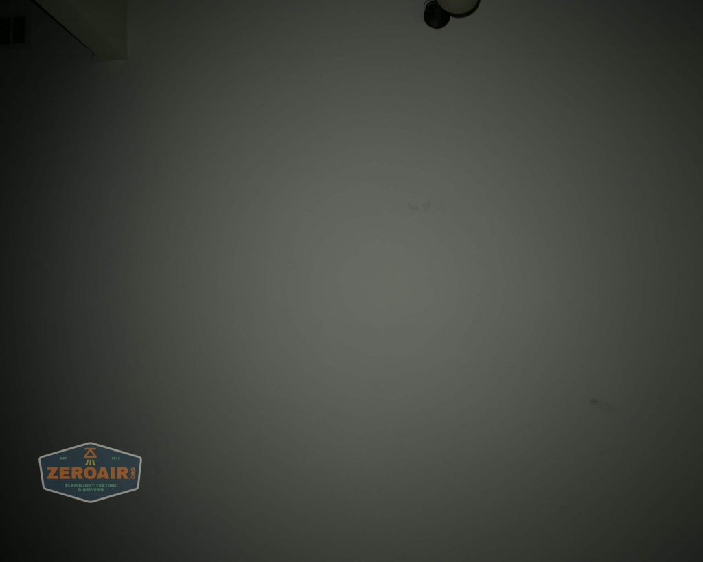 wurkkos hd20 21700 headlamp beamshot ceiling flood 5