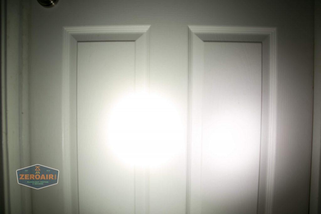 wurkkos hd20 21700 headlamp beamshot door both 3