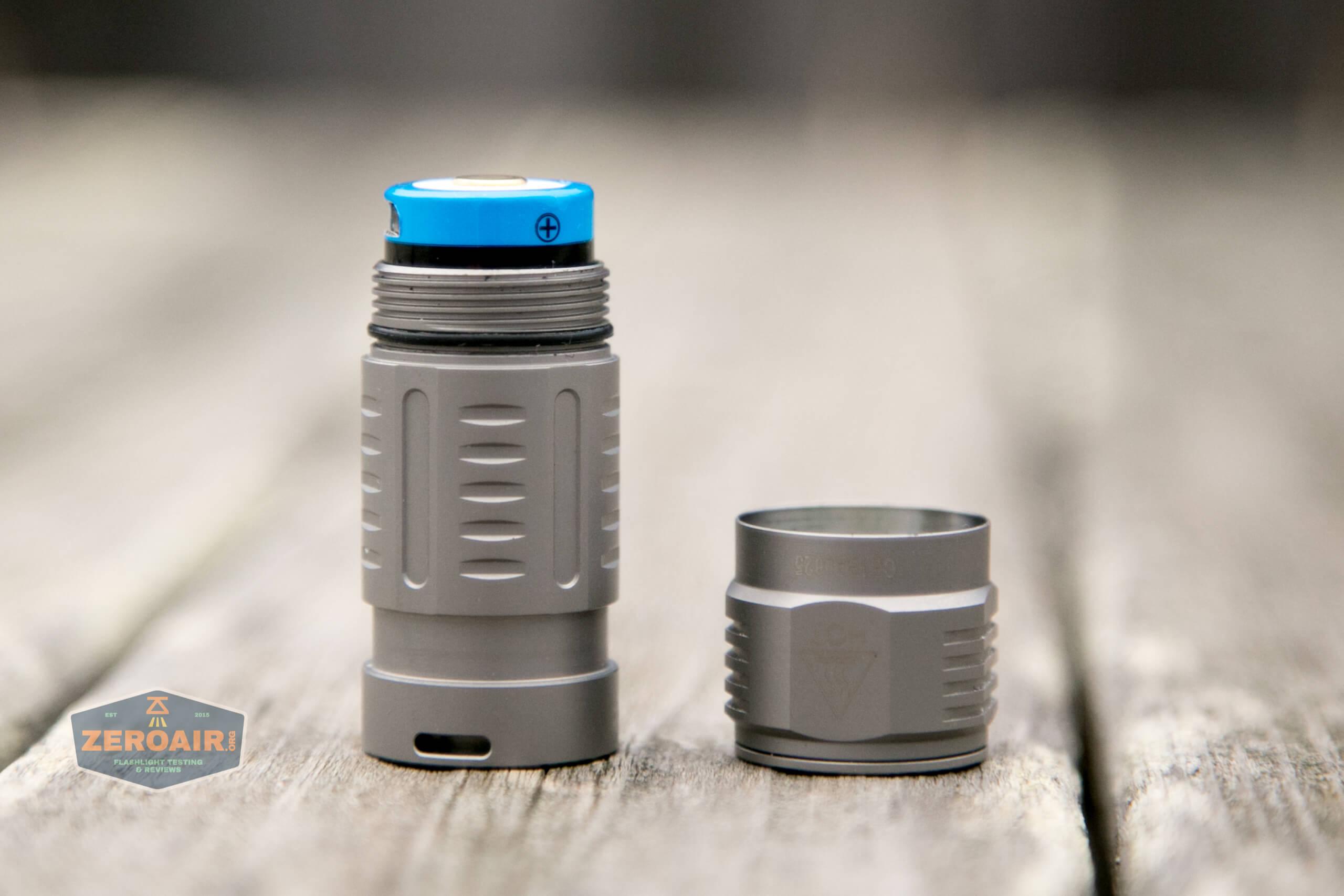 freasygears cyansky m3 titanium pocket flashlight cell installed