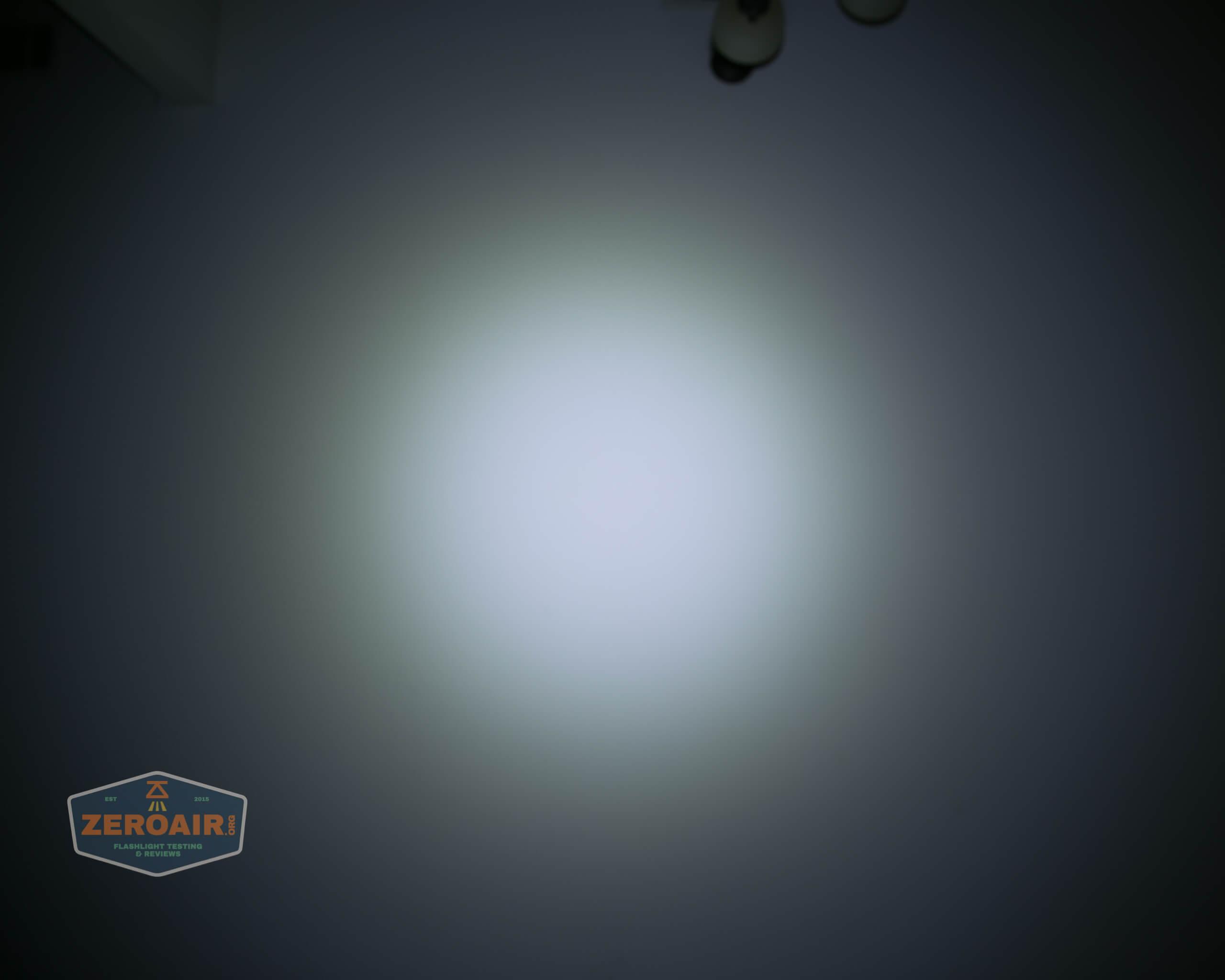 freasygears cyansky m3 titanium pocket flashlight beamshot ceiling 4