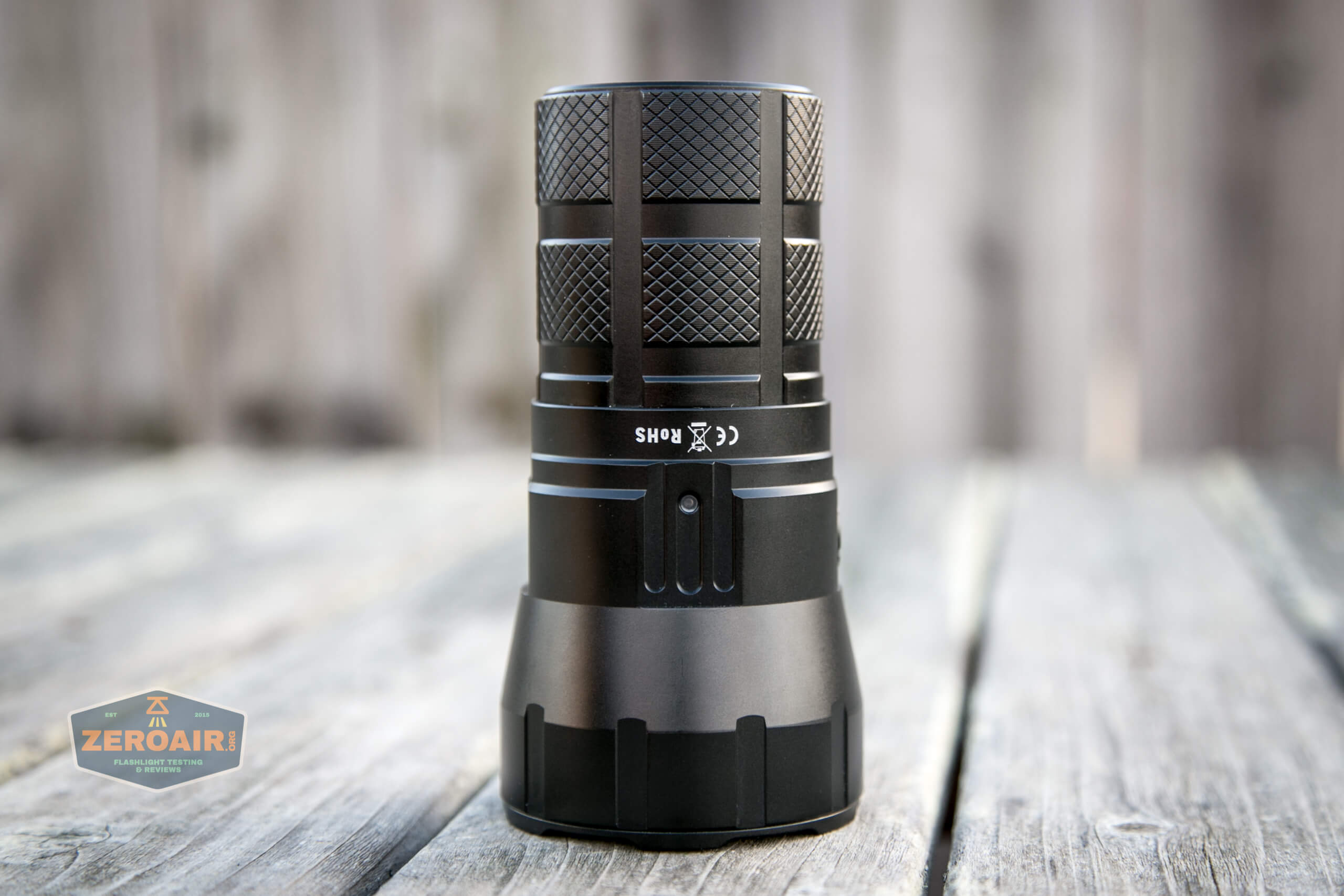 Imalent RT90 Luminus SBT-90.2 Flashlight headstanding