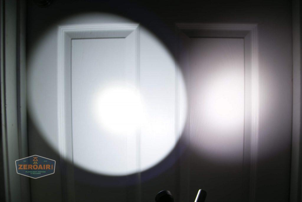 lumintop gt nano osram 10180 thrower beamshot door 4