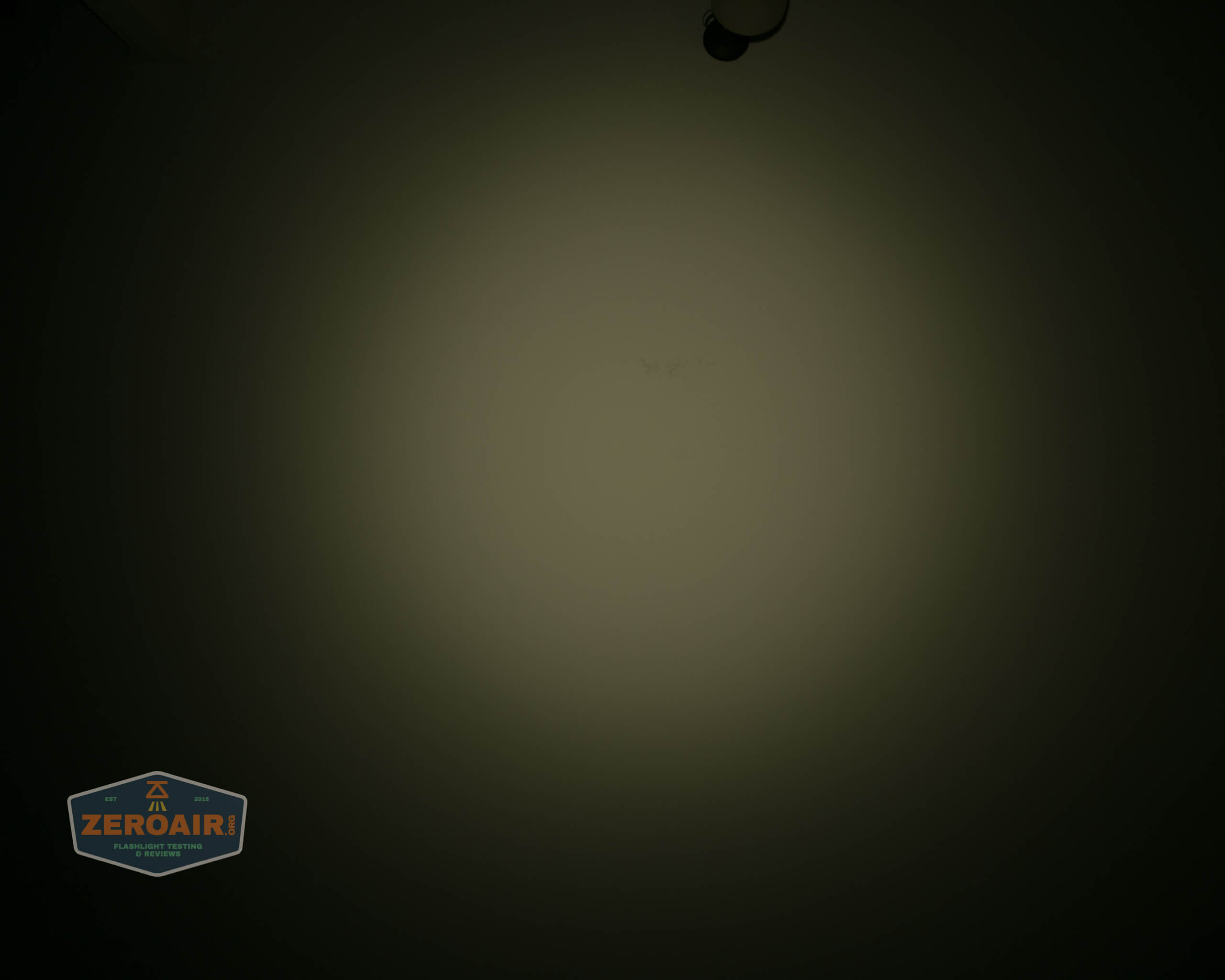 manker e14iii 18650 flood flashlight beamshot ceiling 6