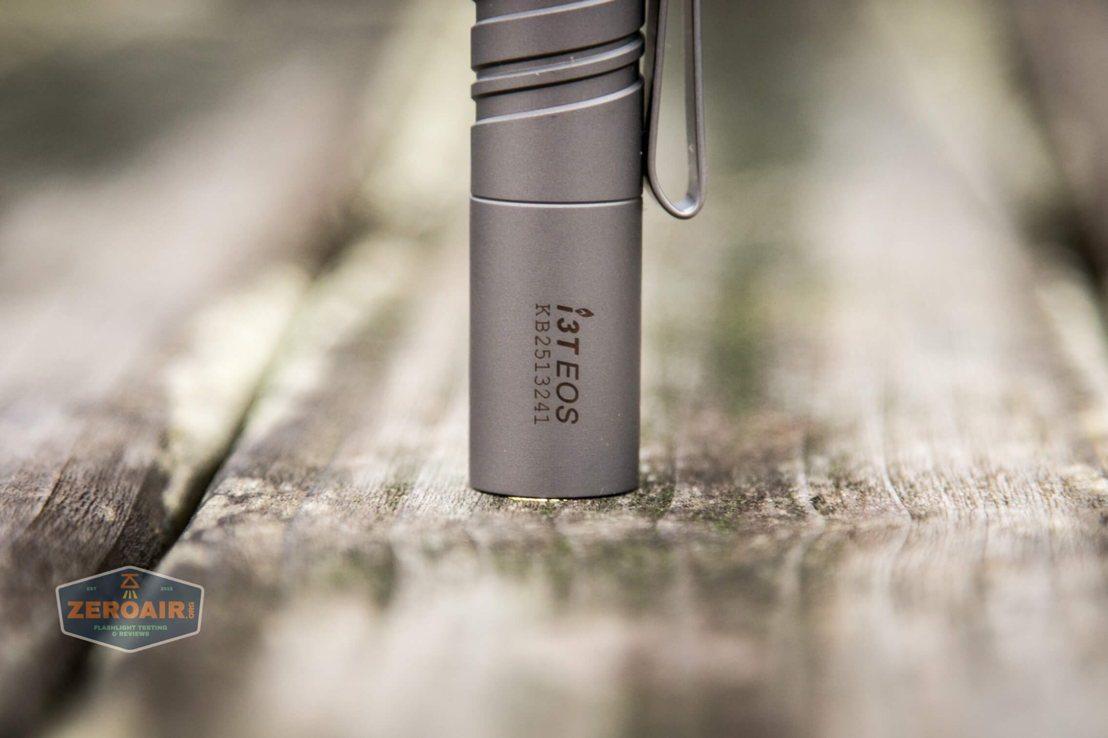 olight i3t eos titanium aaa flashlight smooth bezel