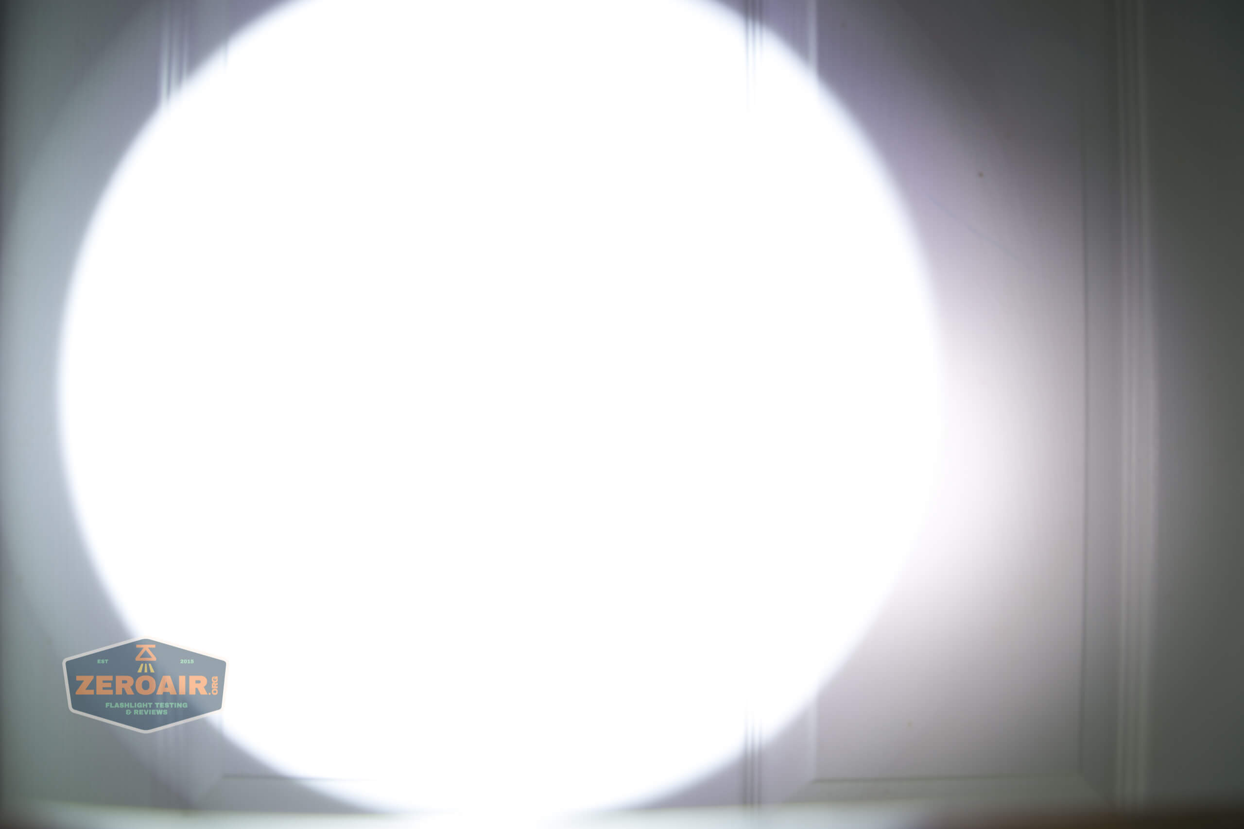 cyansky h5 white beamshot door 4