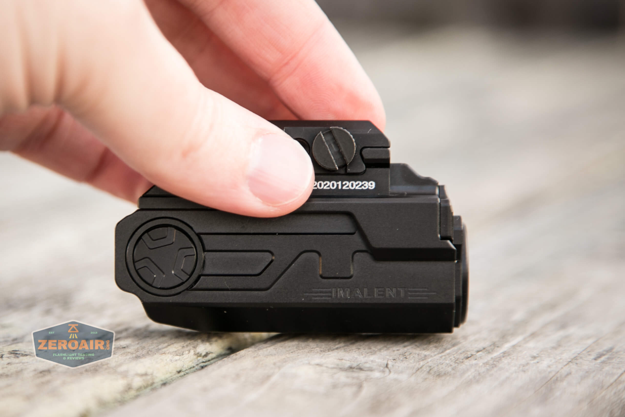 imalent ut10 tactical weapon flashlight side