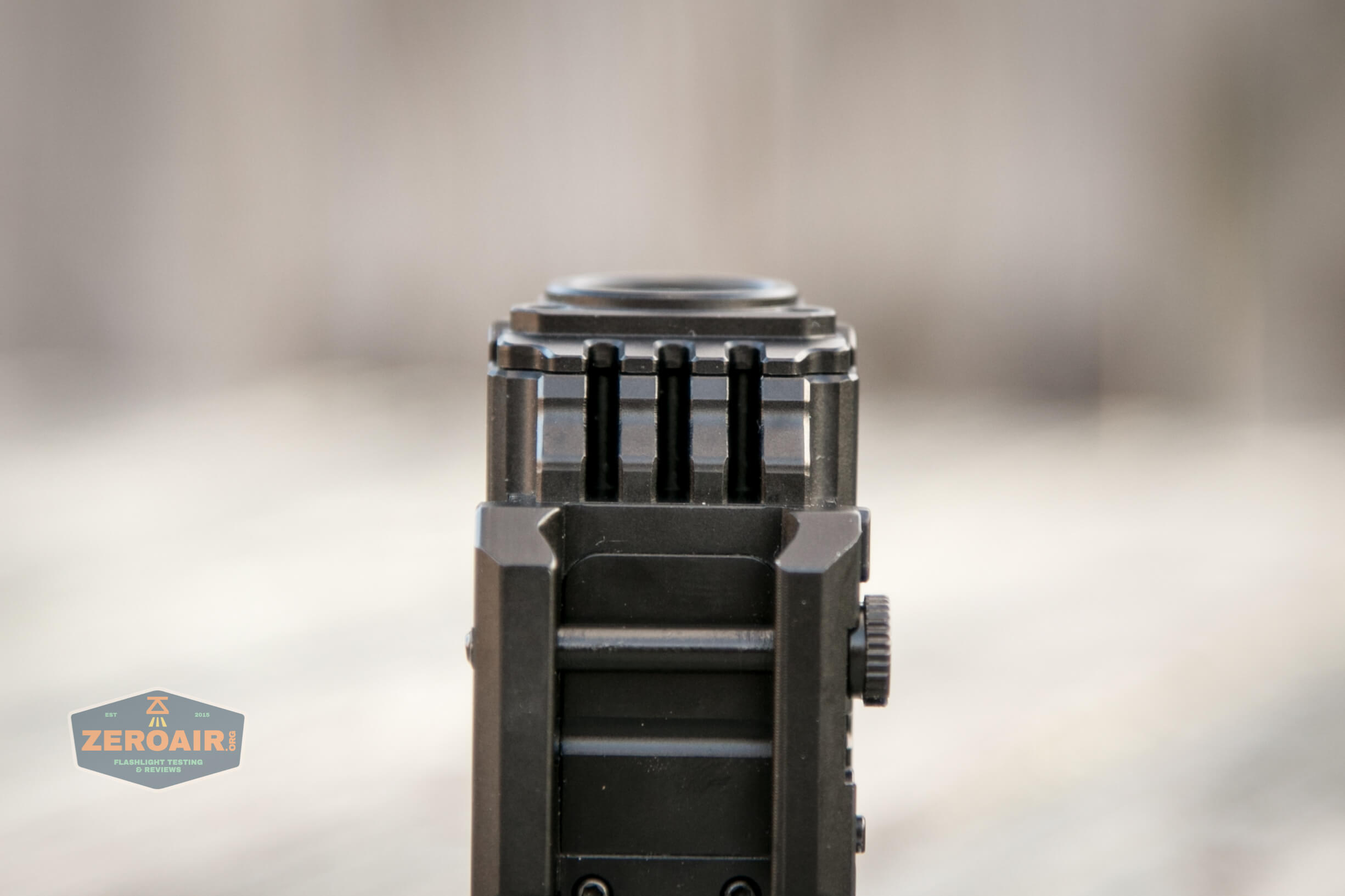 imalent ut10 tactical weapon flashlight rail connector