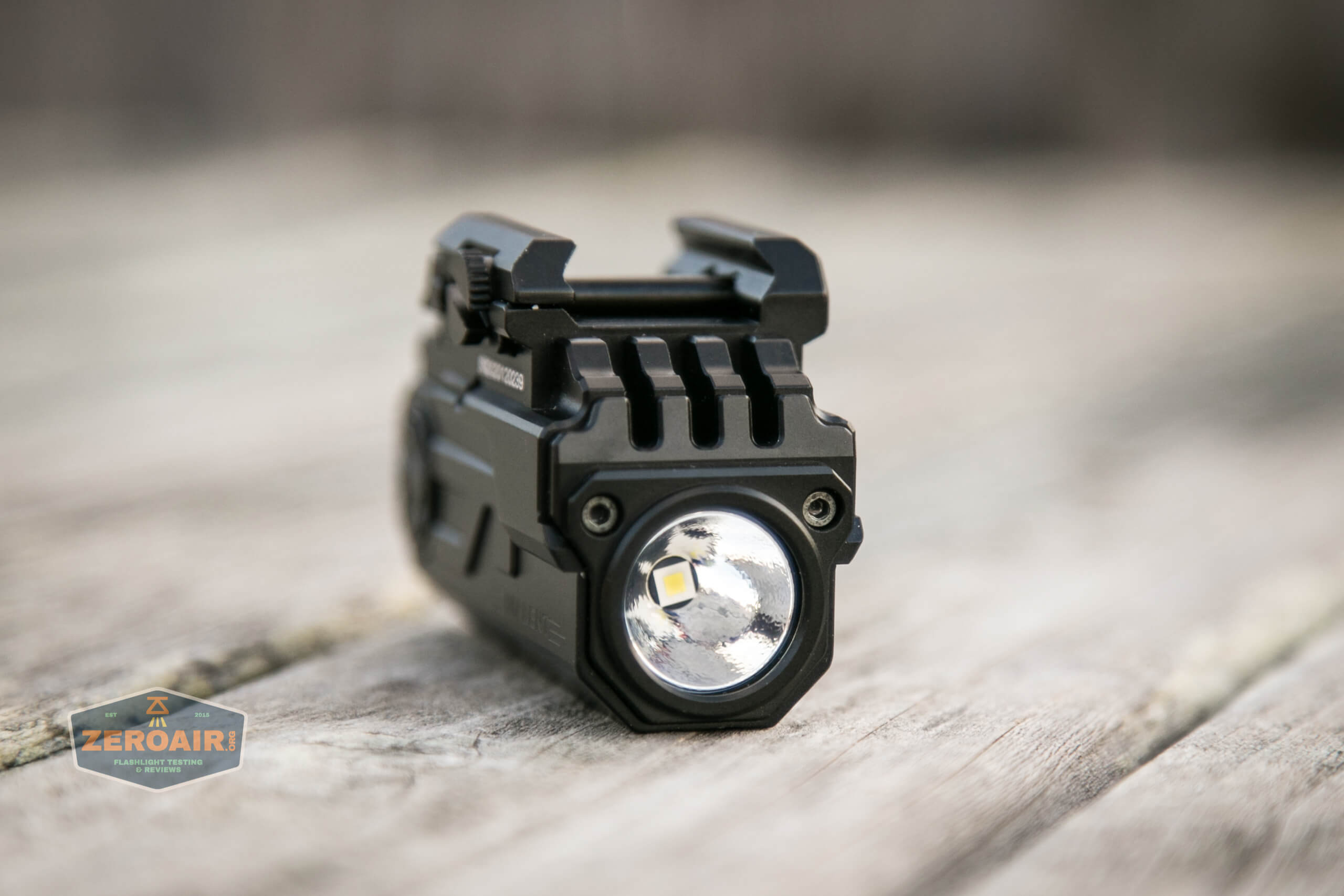 imalent ut10 tactical weapon flashlight front