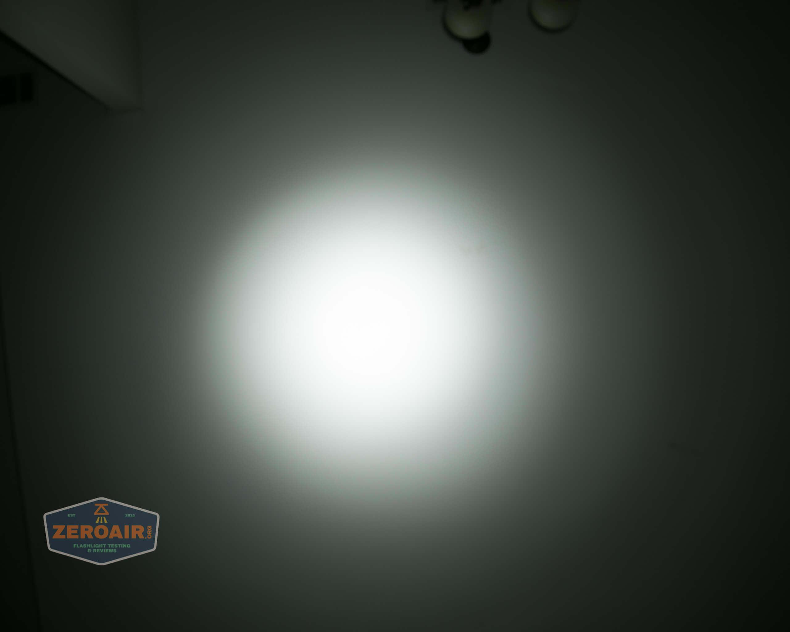 nitebeam x12uv flashlight beamshots ceiling low