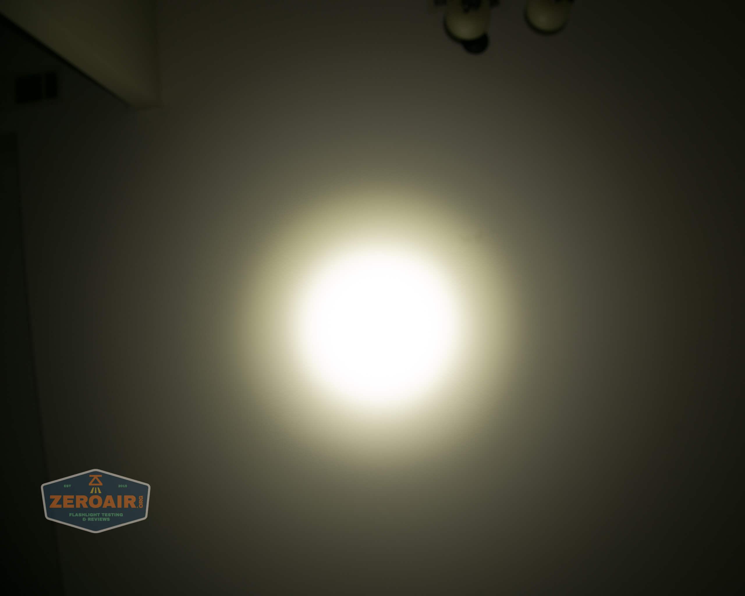 Olight m2r pro warrior beamshot ceiling 5