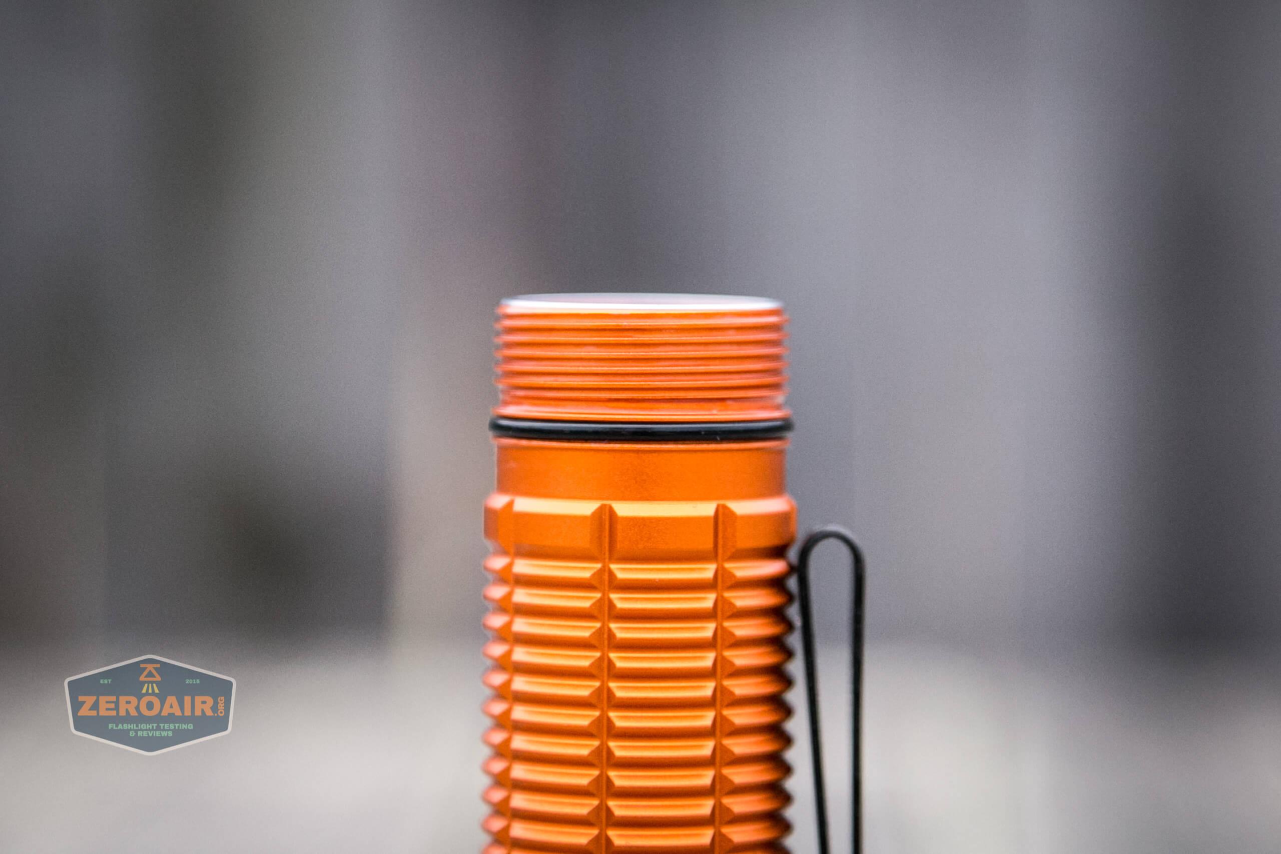 Olight M2R Pro Warrior Orange tailcap off