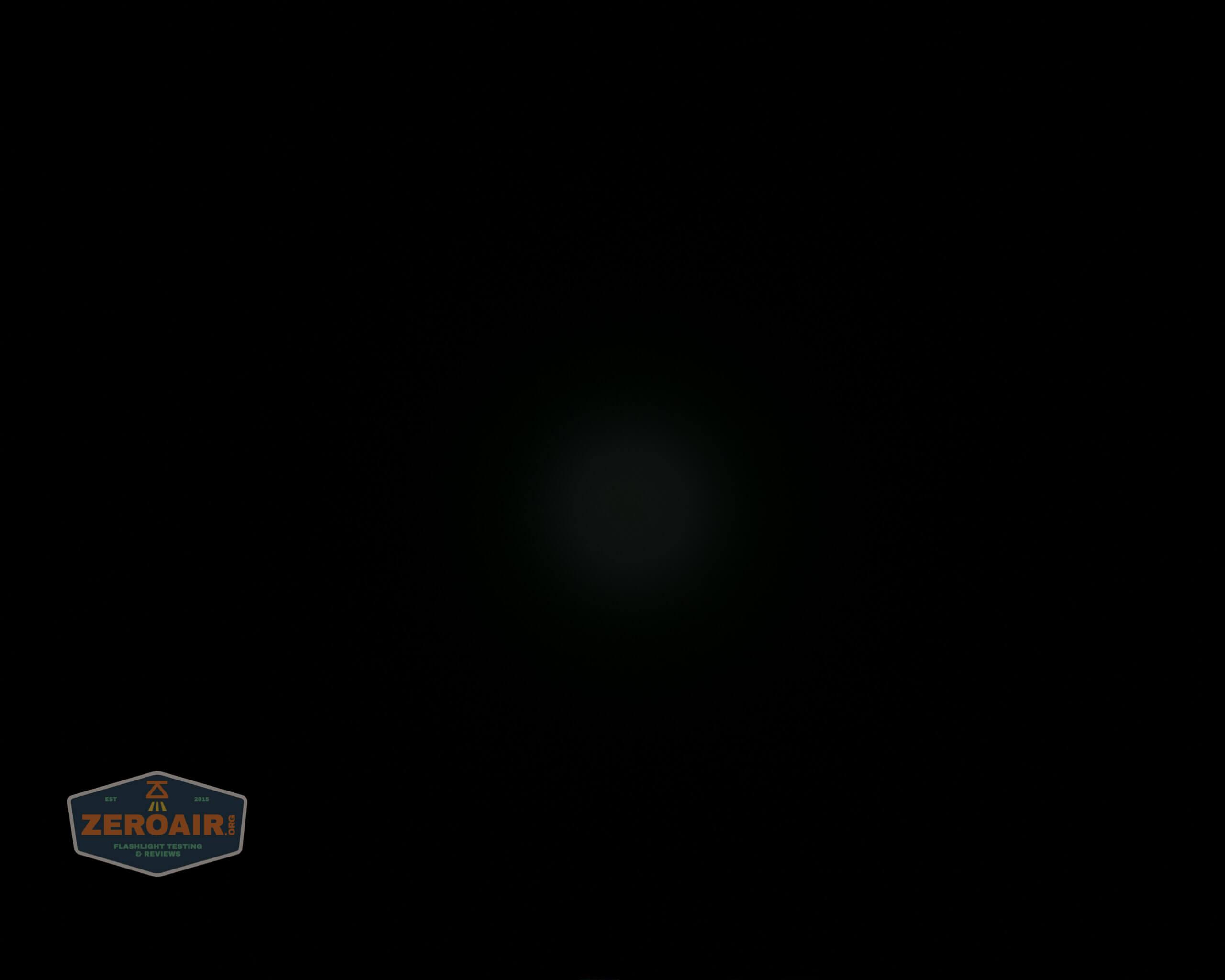 skilhunt m300 18650 flashlight beamshot ceiling 2