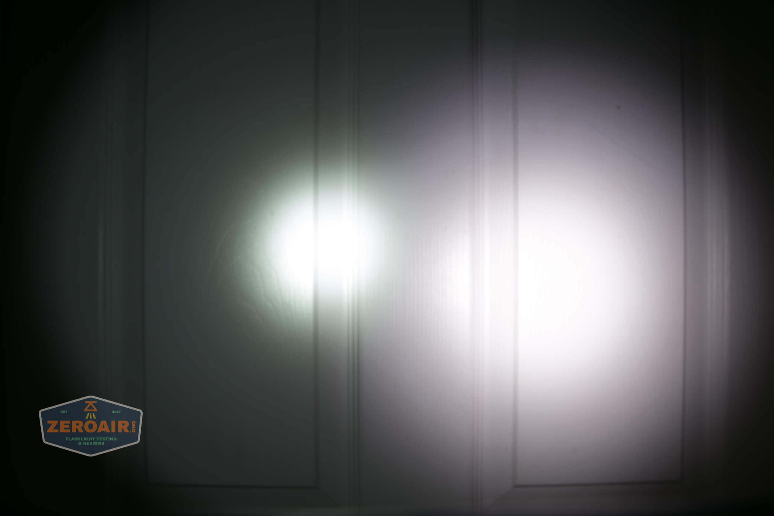 skilhunt m300 18650 flashlight beamshot door 3