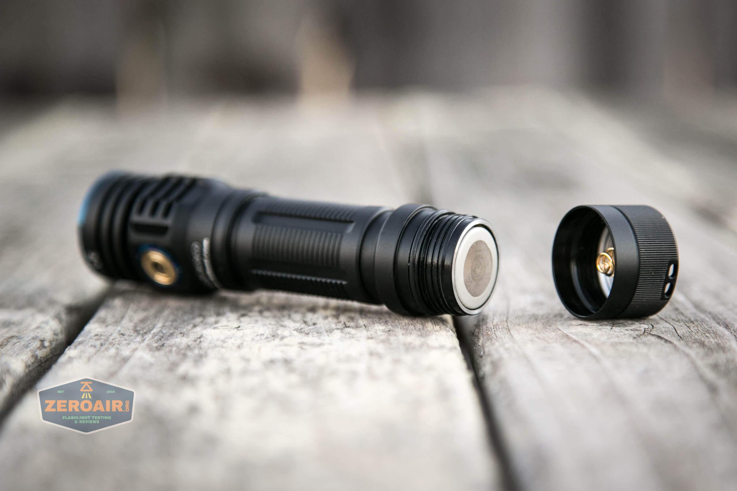 skilhunt m300 18650 flashlight cell installed