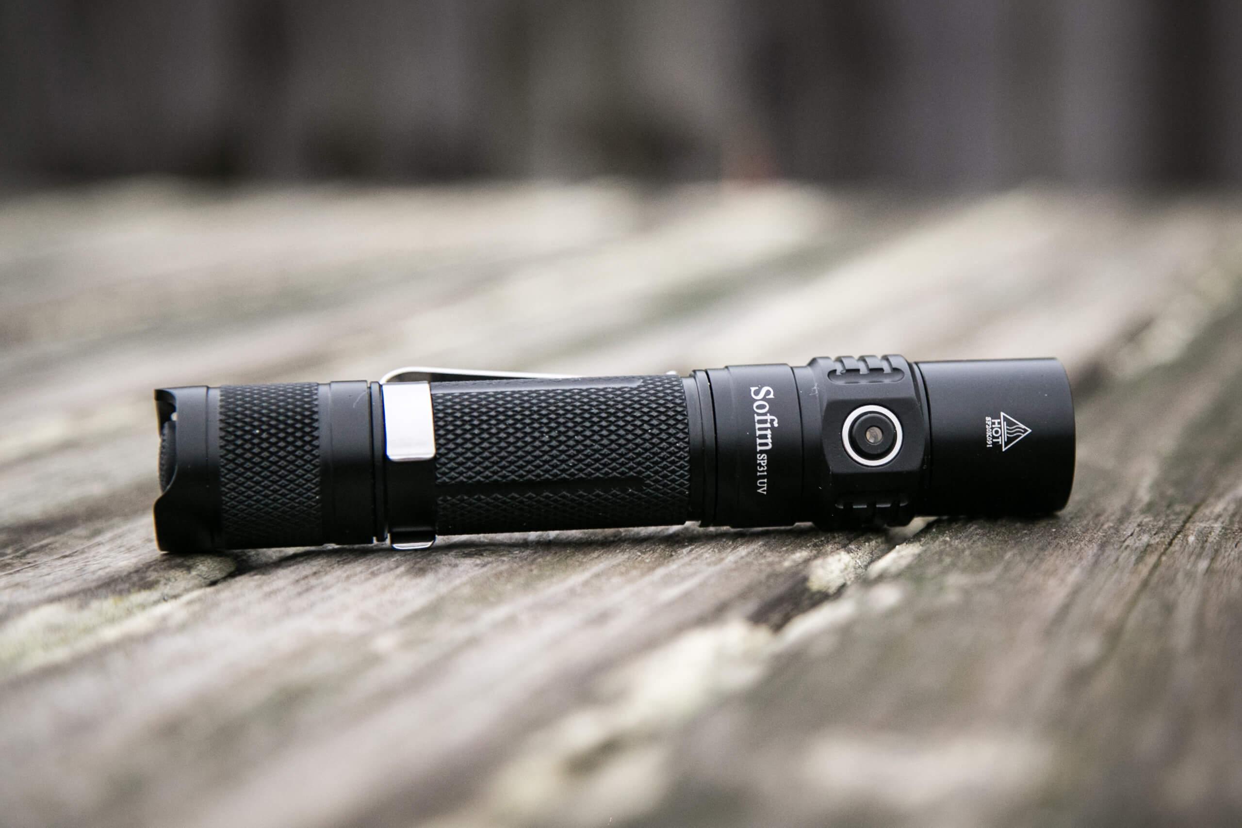 sofirn sp31uv ultraviolet 18650 flashlight feature photo