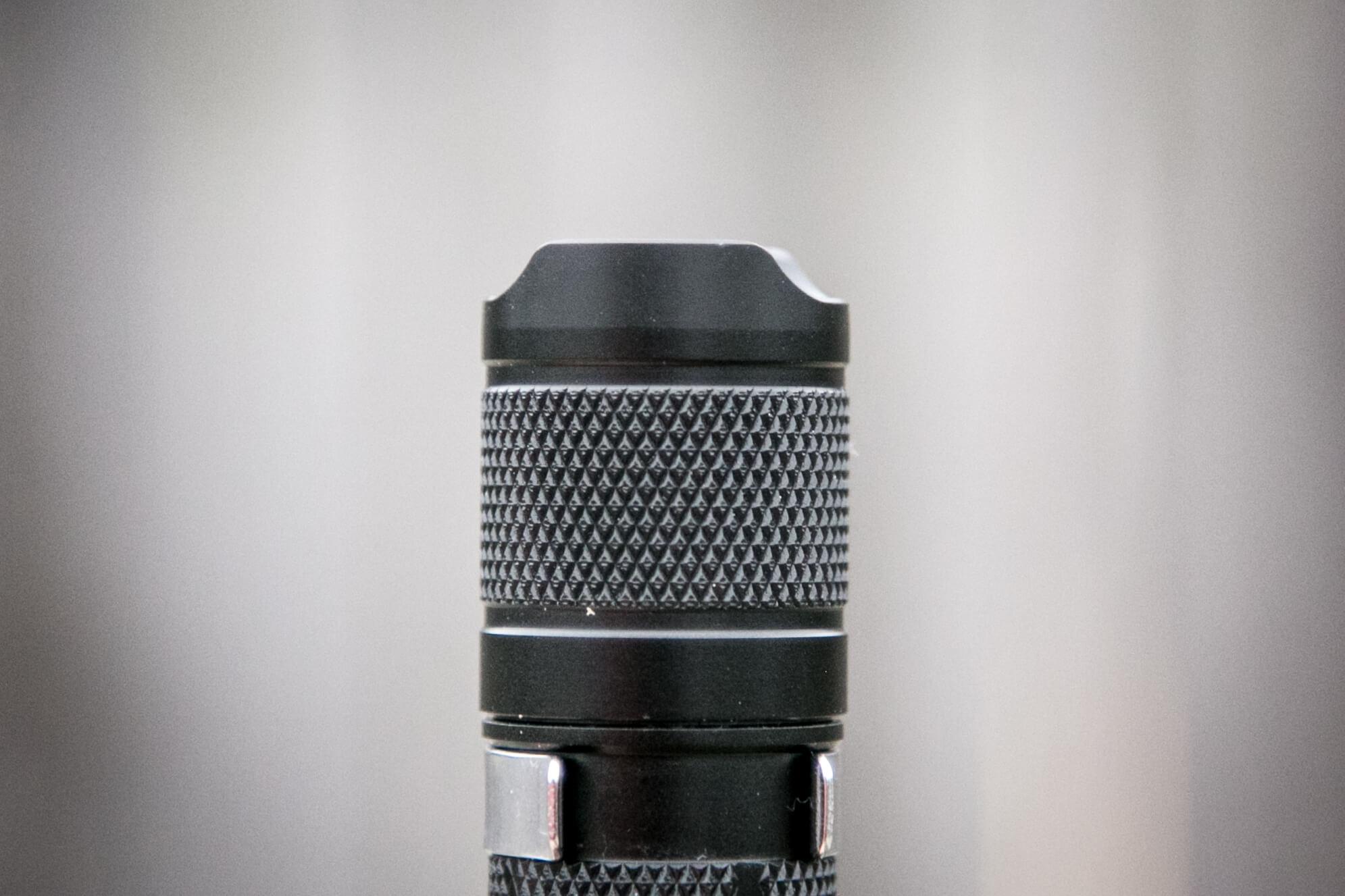 sofirn sp31uv ultraviolet 18650 flashlight tailcap