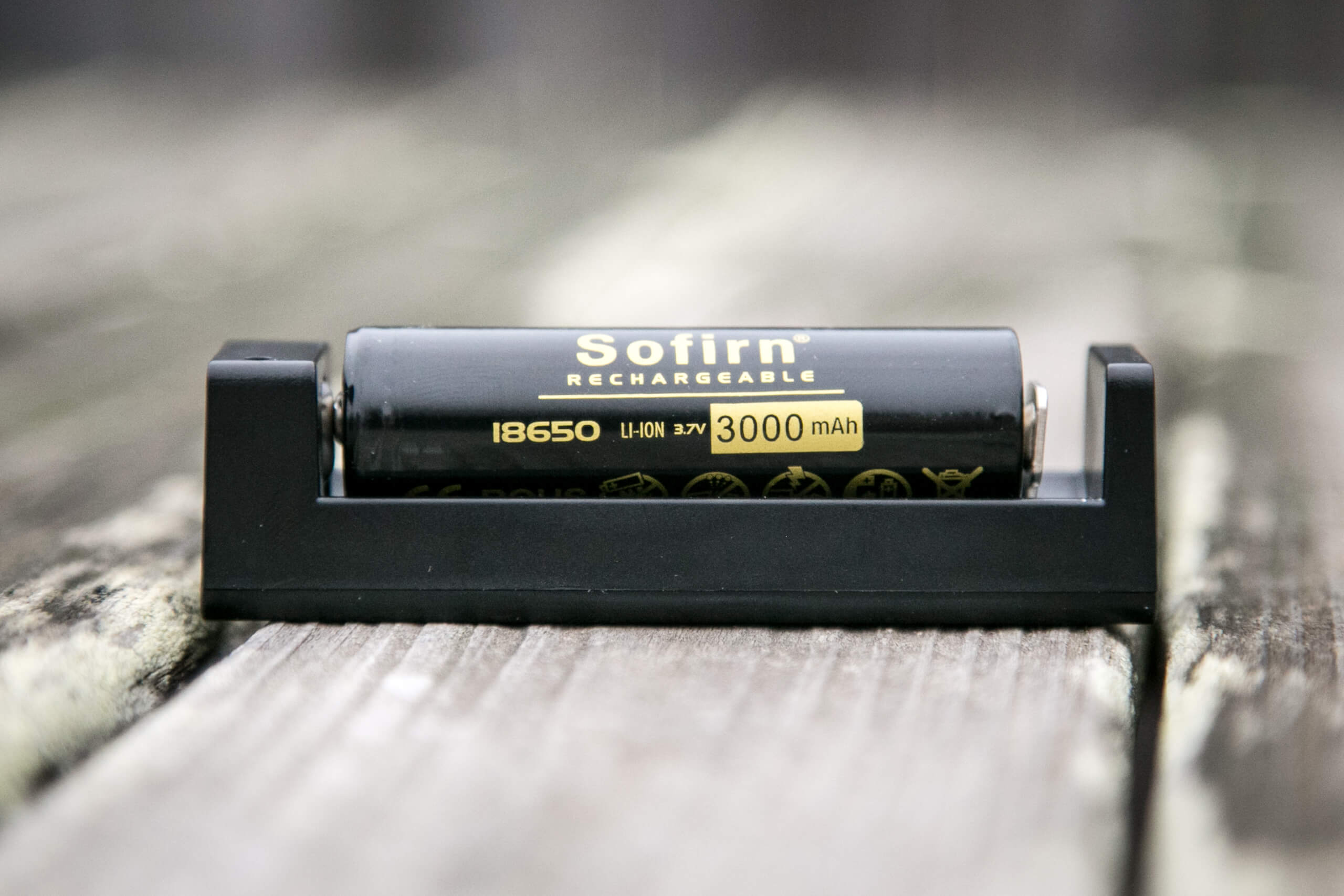 sofirn sp31uv ultraviolet 18650 flashlight sofirn charger with sofirn cell