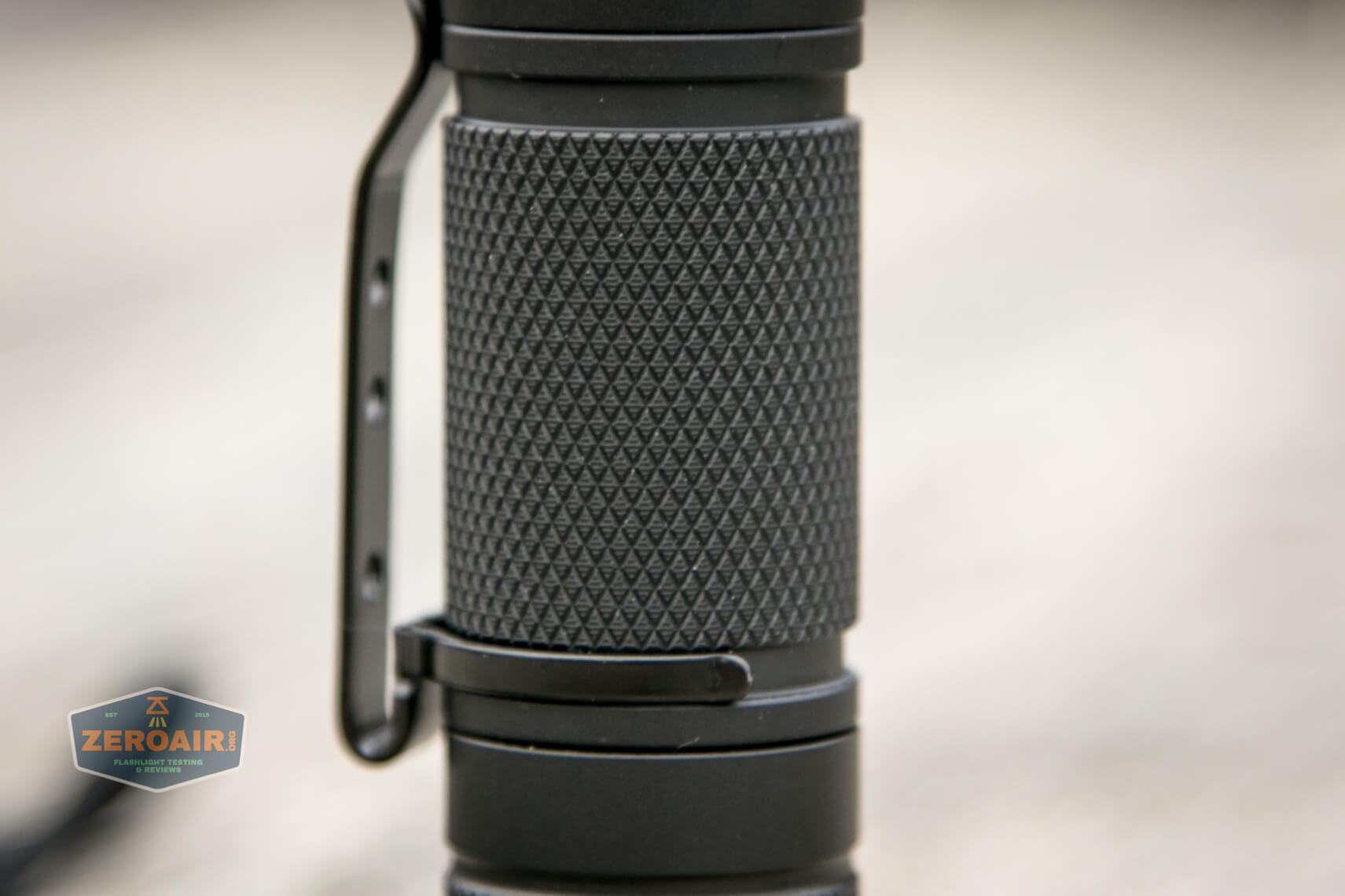 convoy t2 updated 14500/AA flashlight knurling