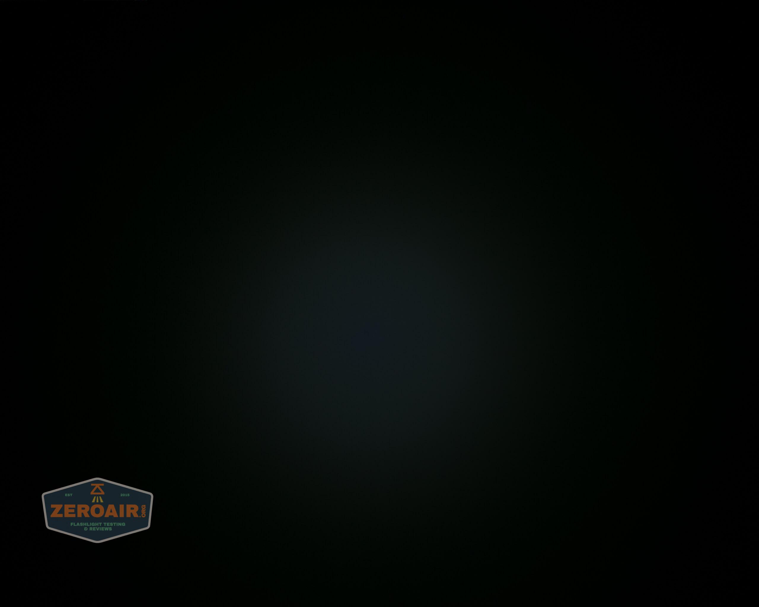 Cyansky P25 Flashlight beamshot ceiling 1