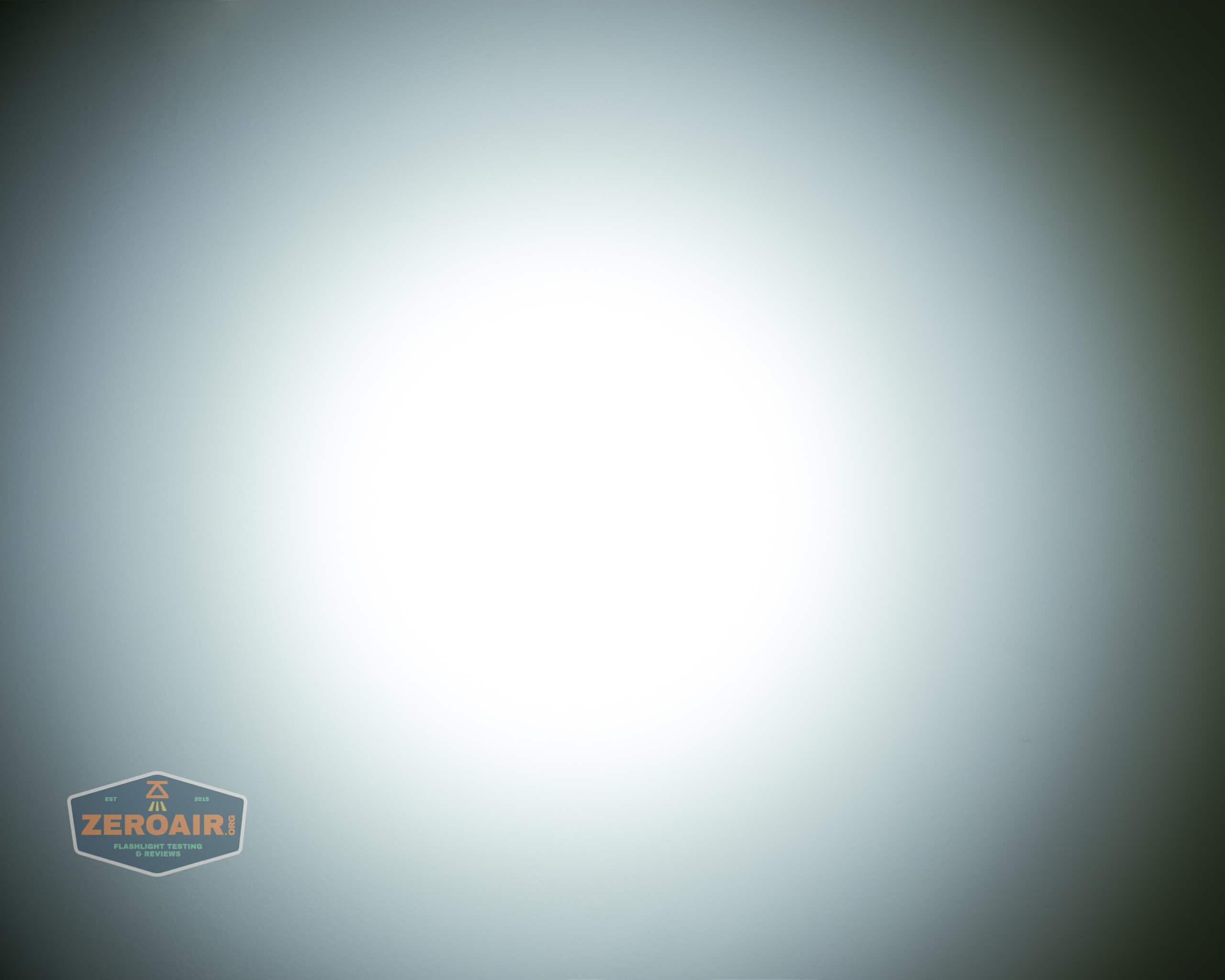 Cyansky P25 Flashlight beamshot ceiling 4