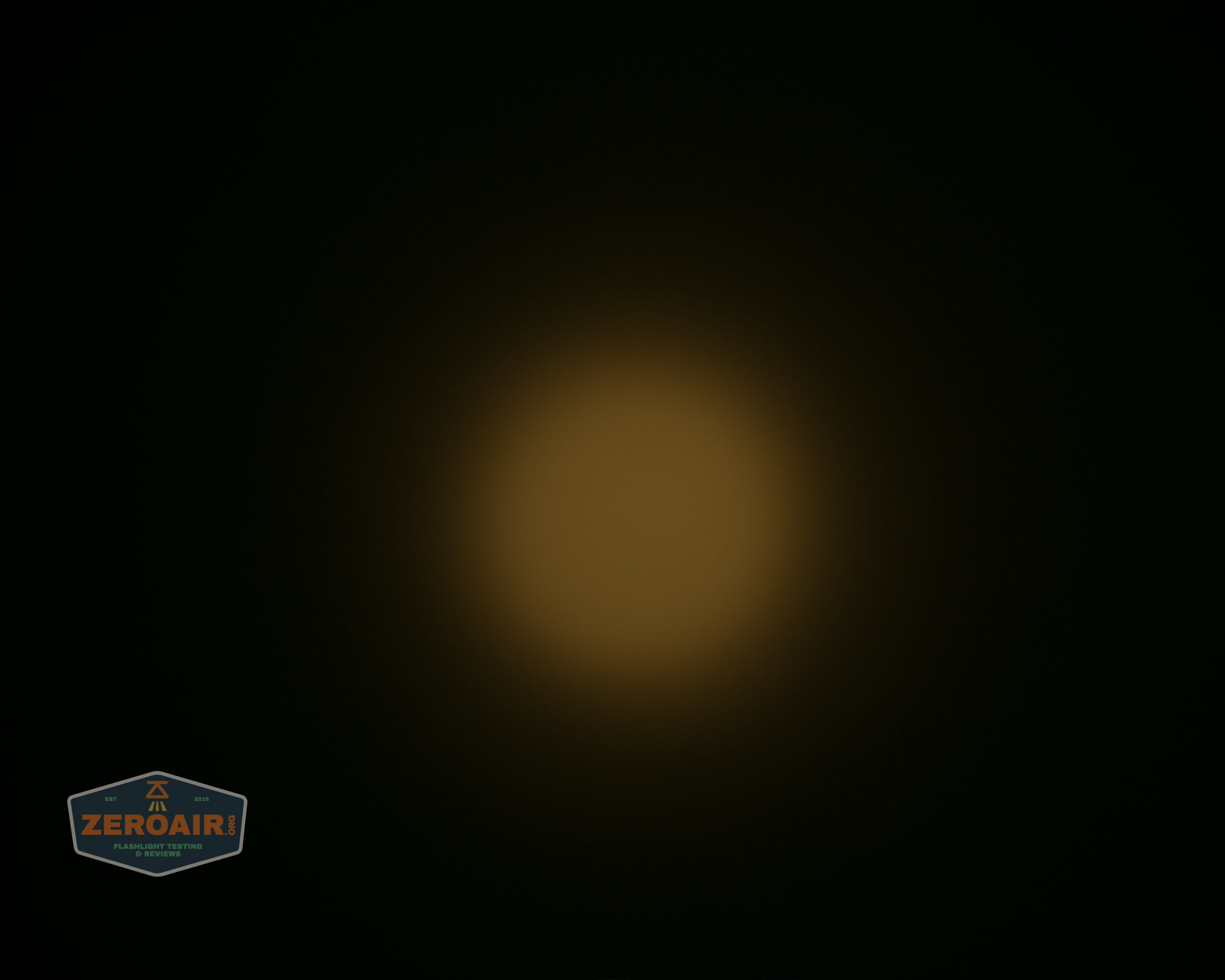 wurkkos fc11 flashlight beamshot ceiling 2
