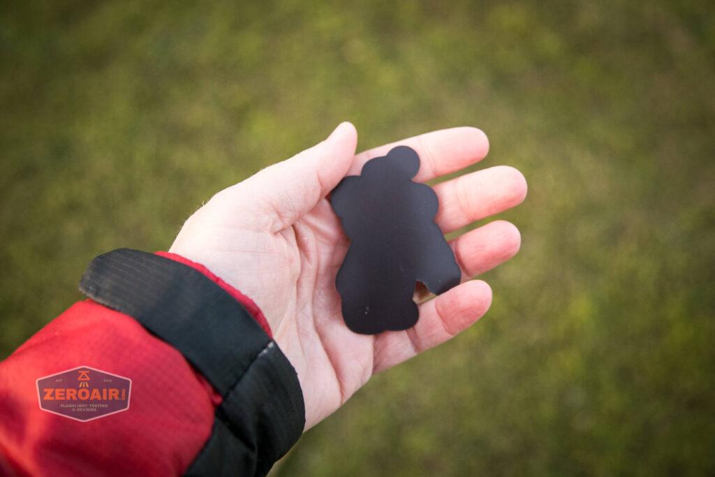 magnet in hand backside
