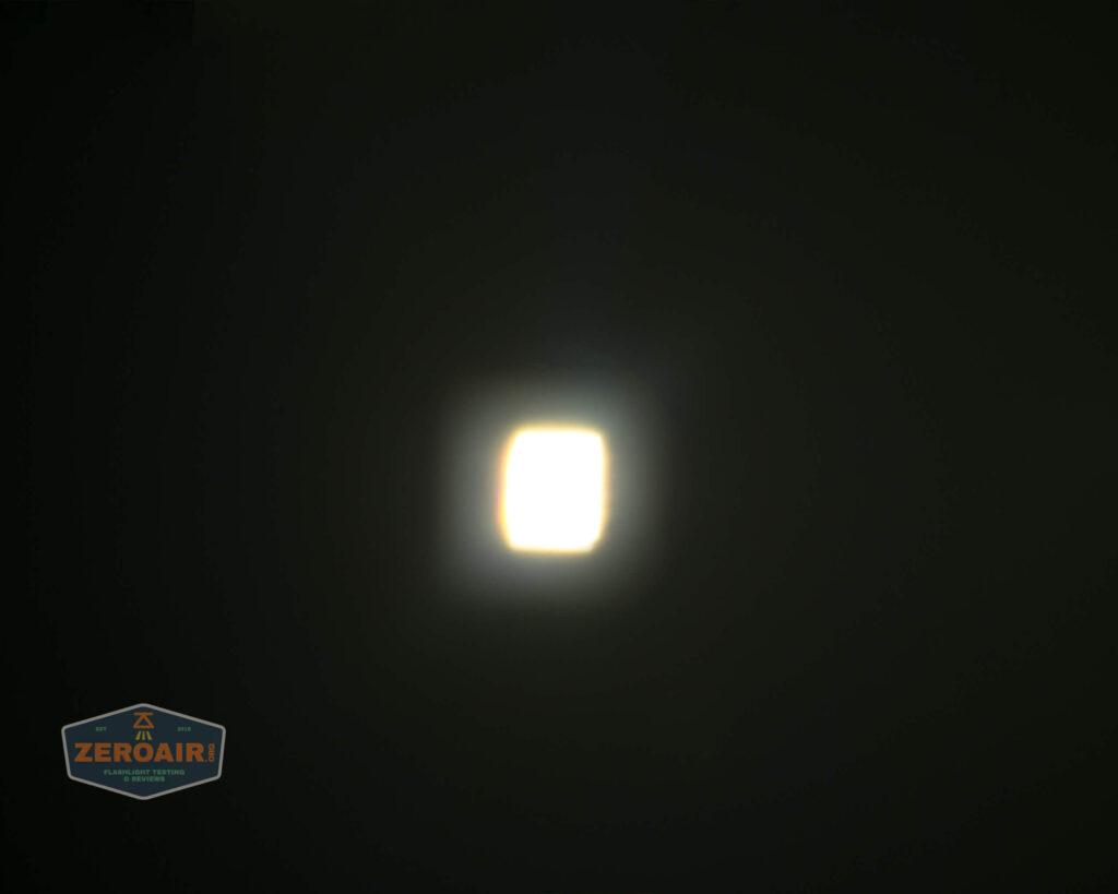 spot beamshot ceiling level 7