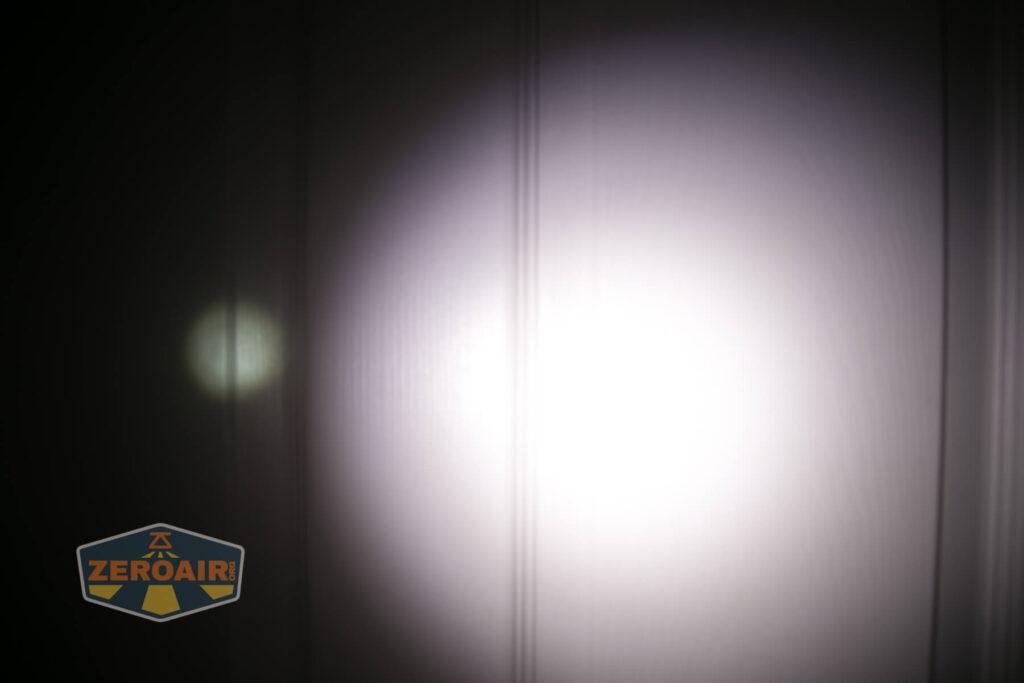 beam photo on door compared to nichia 219b