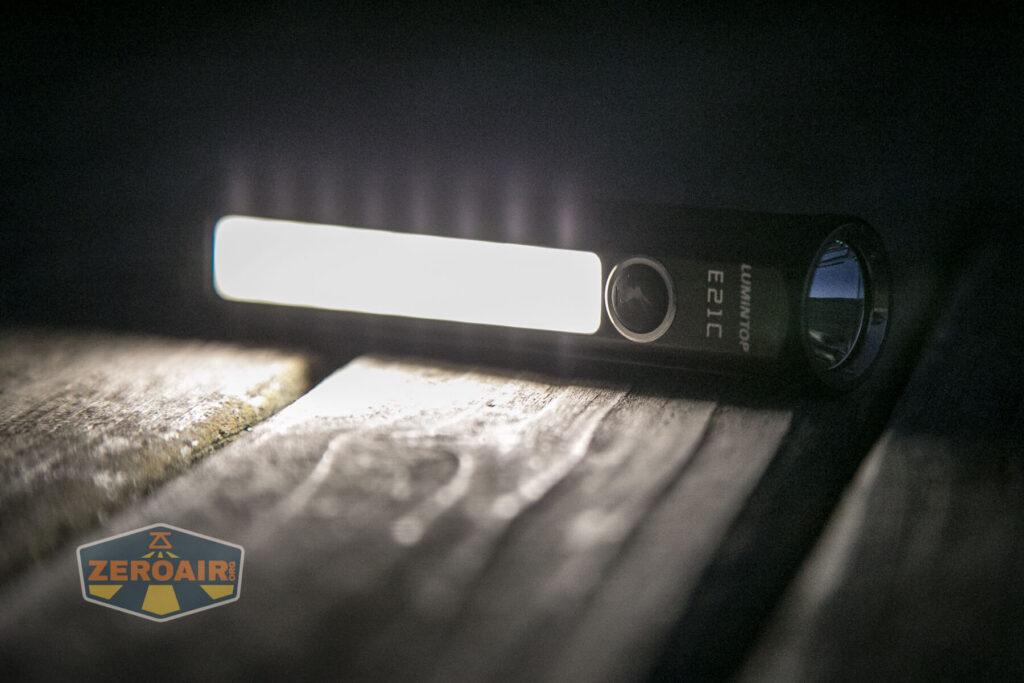 Lumintop E21C Flashlight side emitter
