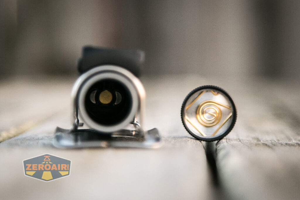 Cyansky HS6R Headlamp tailcap removed